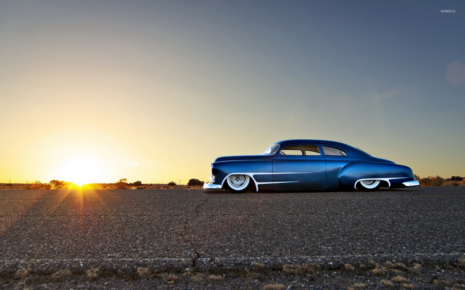 Res: 1920x1200, Blue sparkly Chevrolet lowrider side view wallpaper