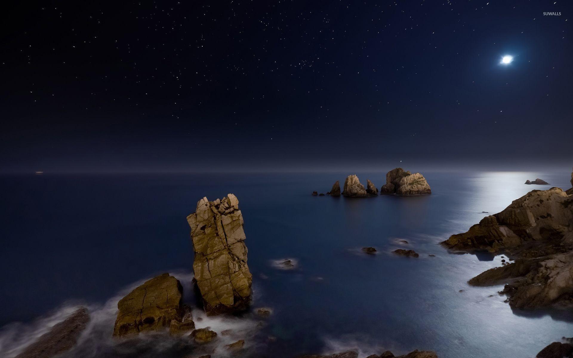 Res: 1920x1200, Ocean rocks rising to the moonlight wallpaper