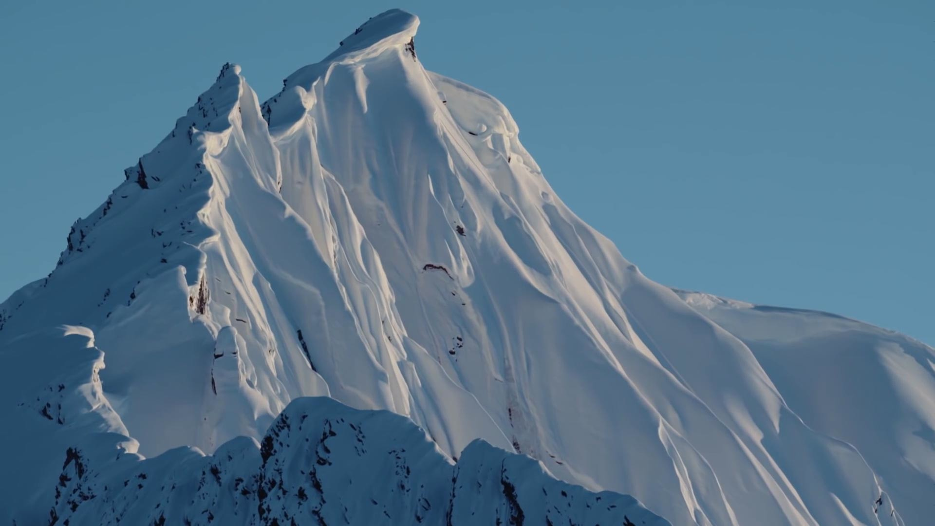 Res: 1920x1080, Alaska kann nicht nur atemberaubend aussehen, sondern auch sehr gefährlich  sein.