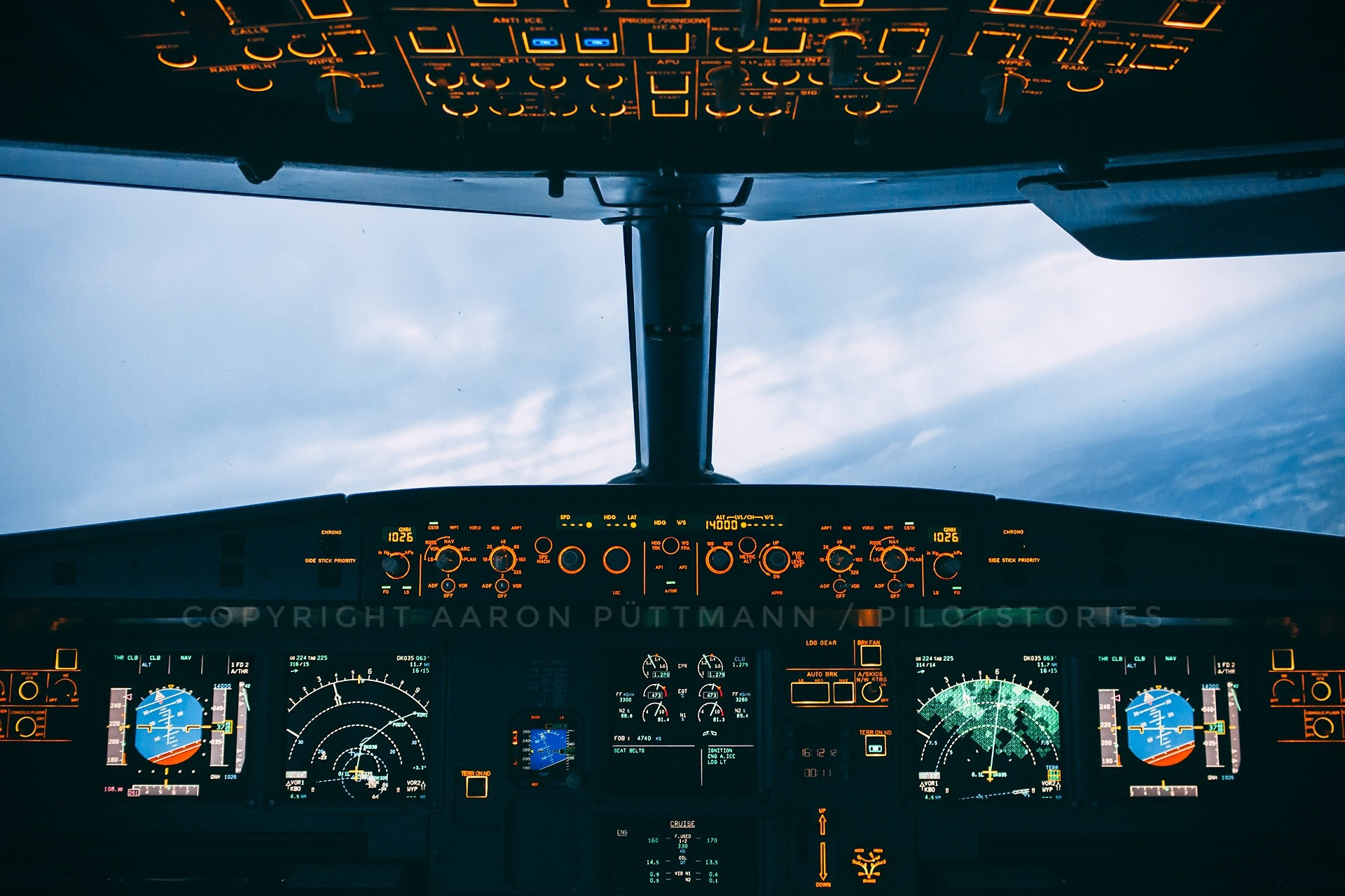 Cockpit Wallpapers Hd Wallpaper Collections 4kwallpaper Wiki
