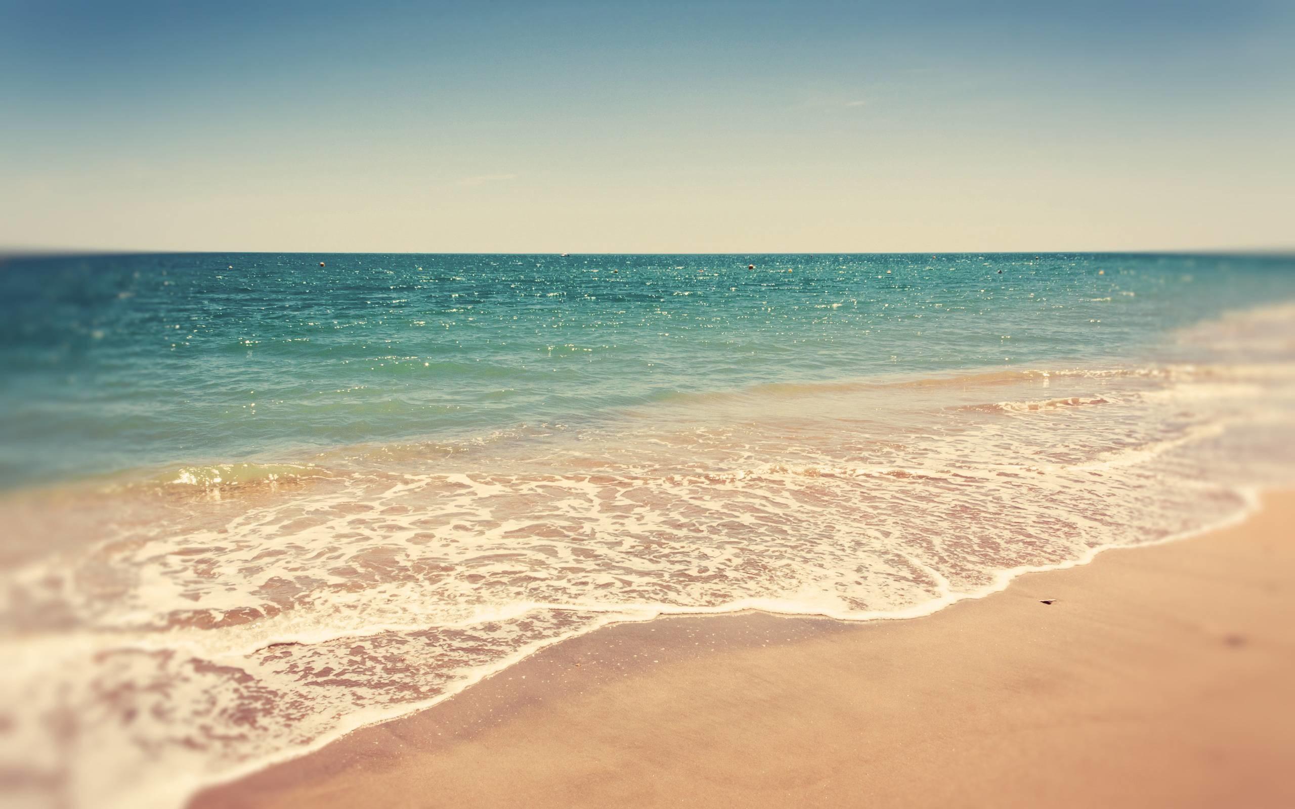 Res: 2560x1600, beach backround