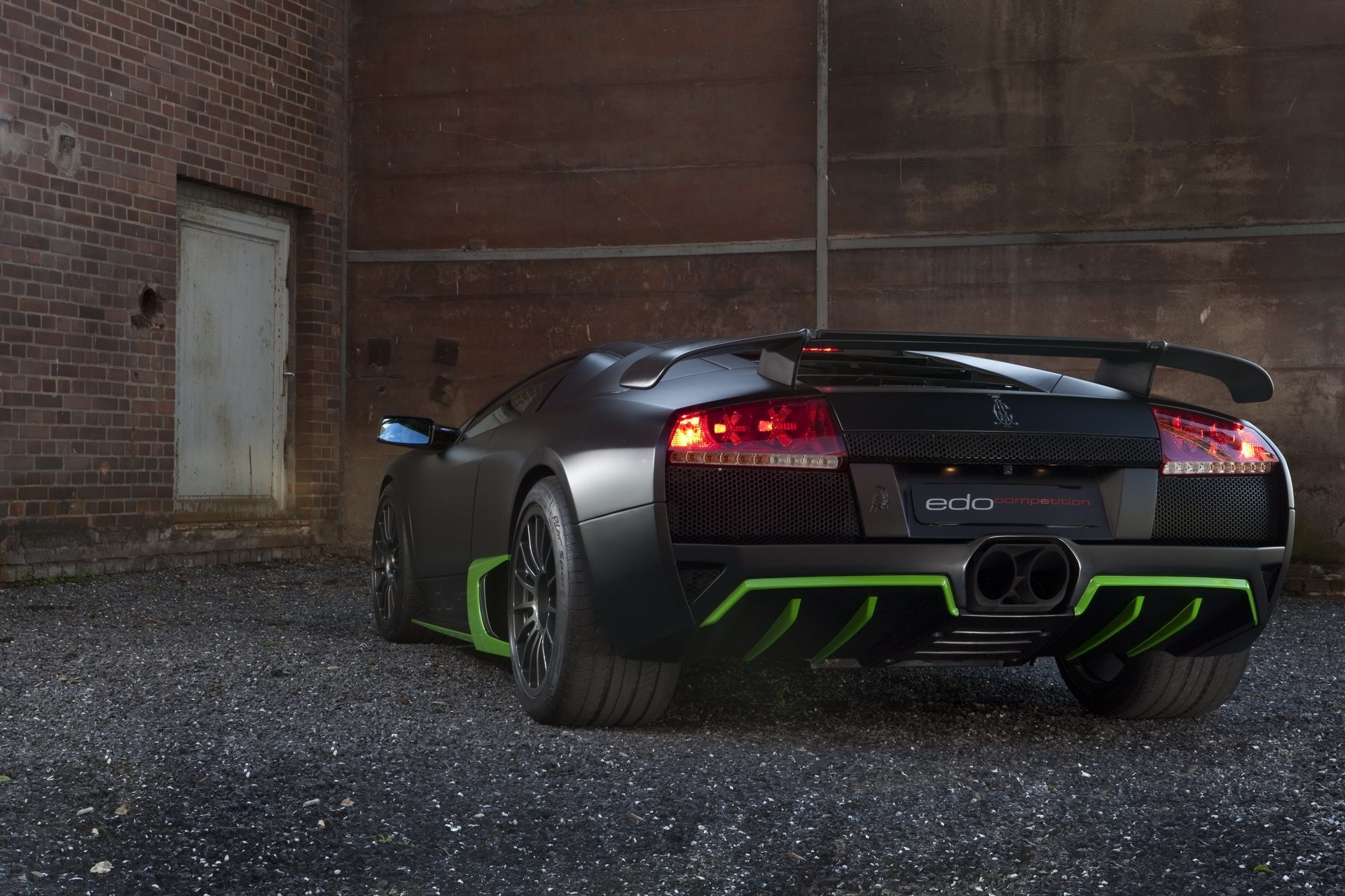 Res: 1920x1280, Lamborghini Black Wallpaper 768x512