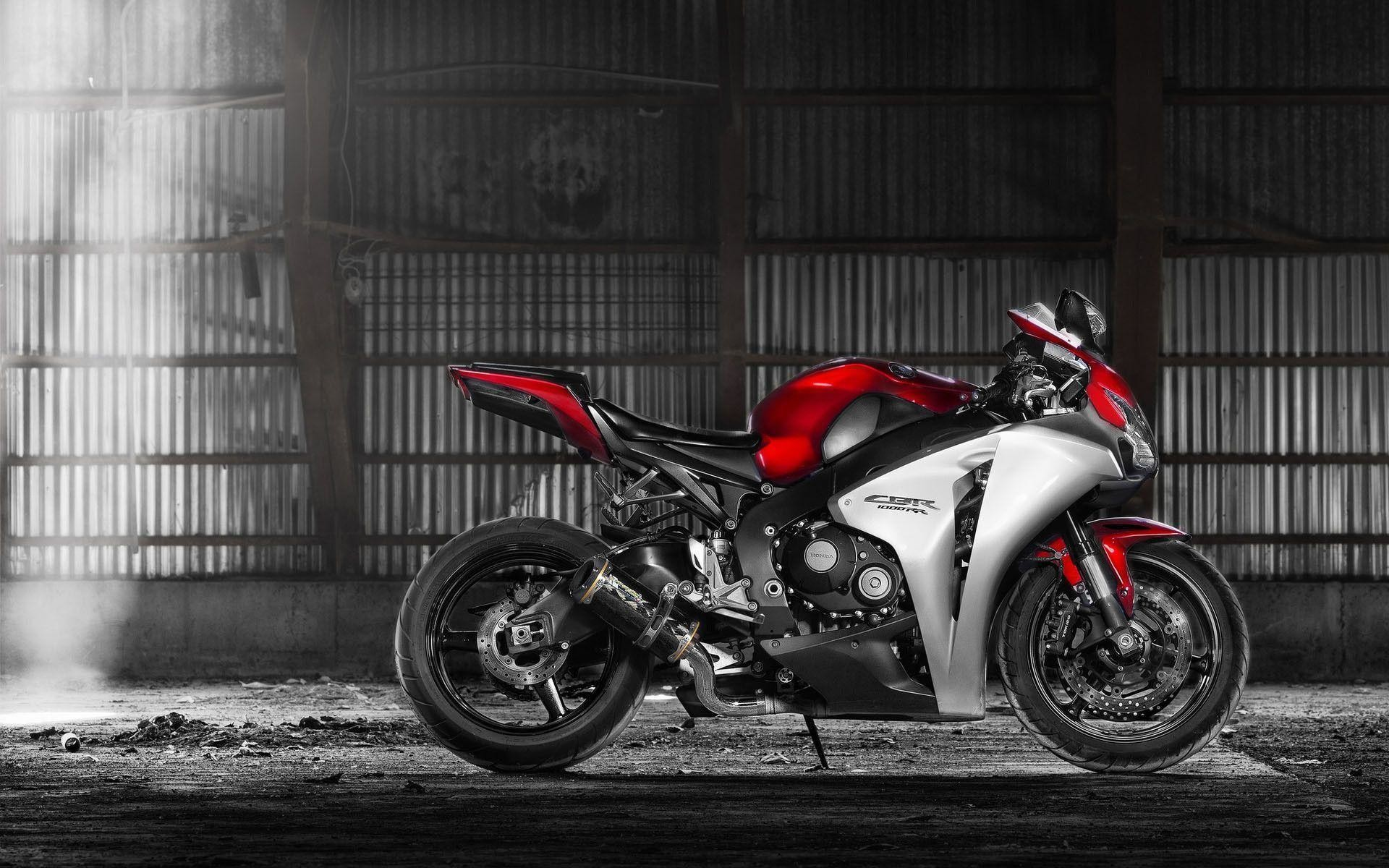 Res: 1920x1200, Honda, Hangar, Light, Honda Cbr1000rr, Motorcycle | Free HD wallpapers