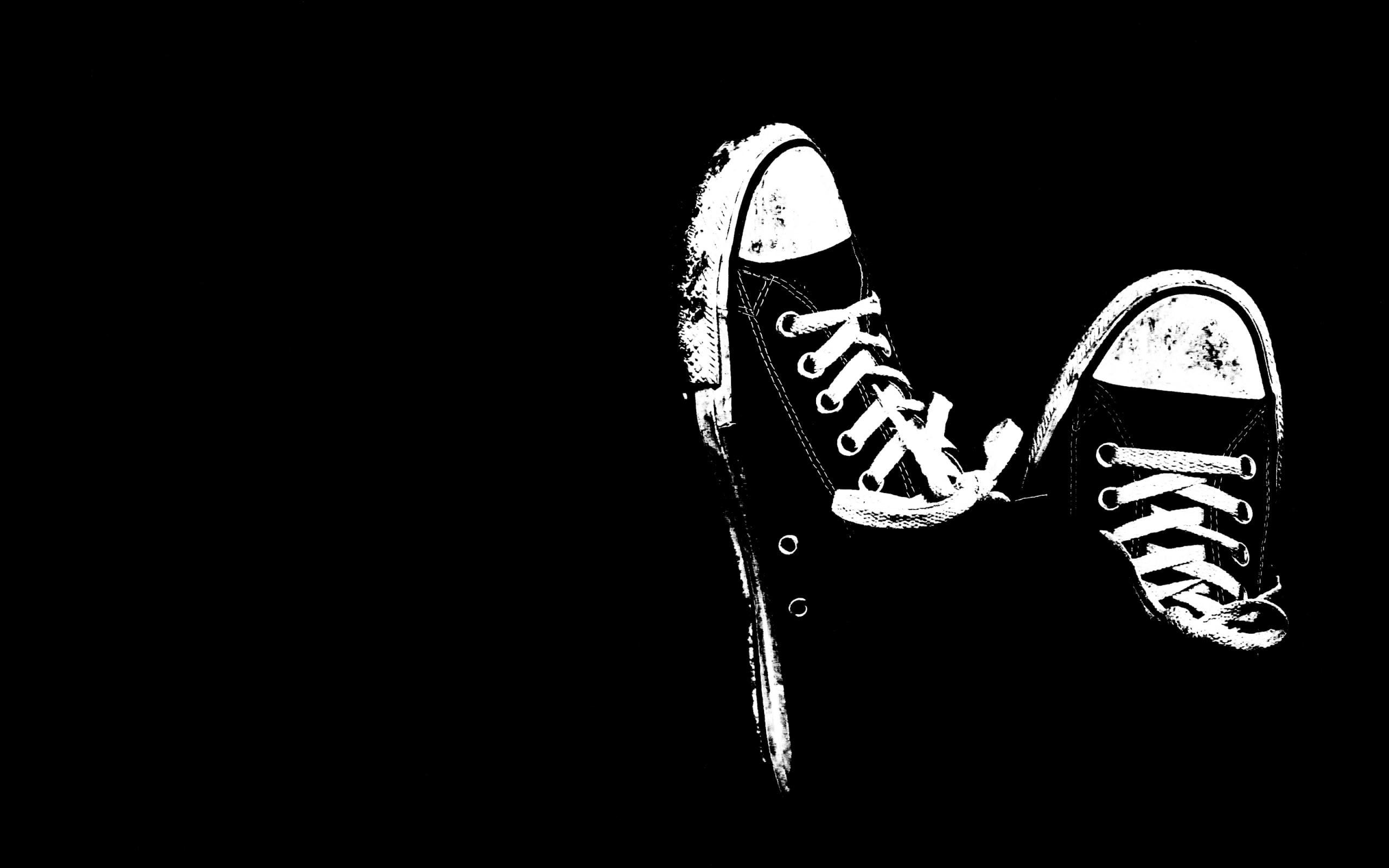 Res: 2560x1600, men's pair of black high top shoes HD wallpaper