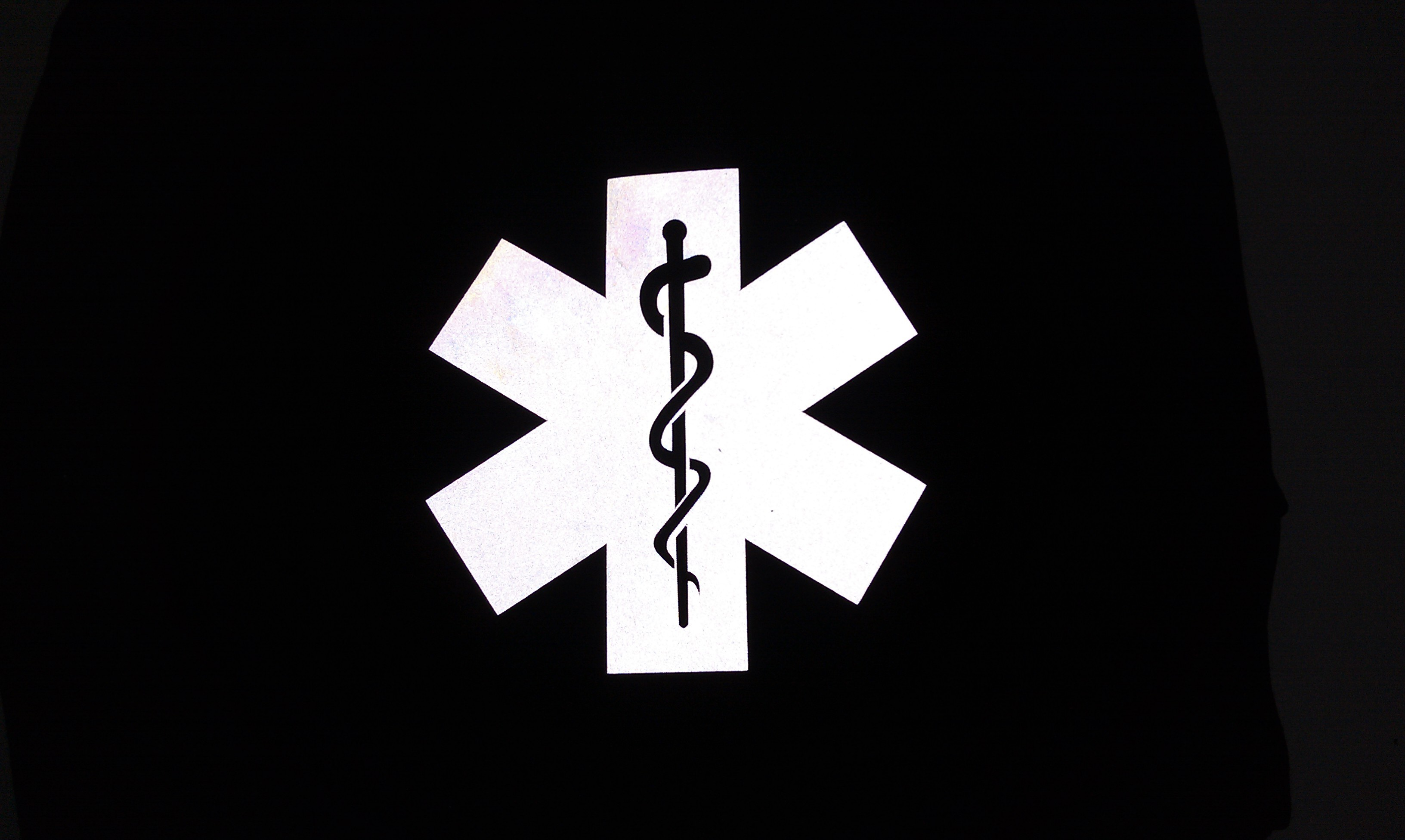Res: 3264x1952, 3M Reflective Star Of Life