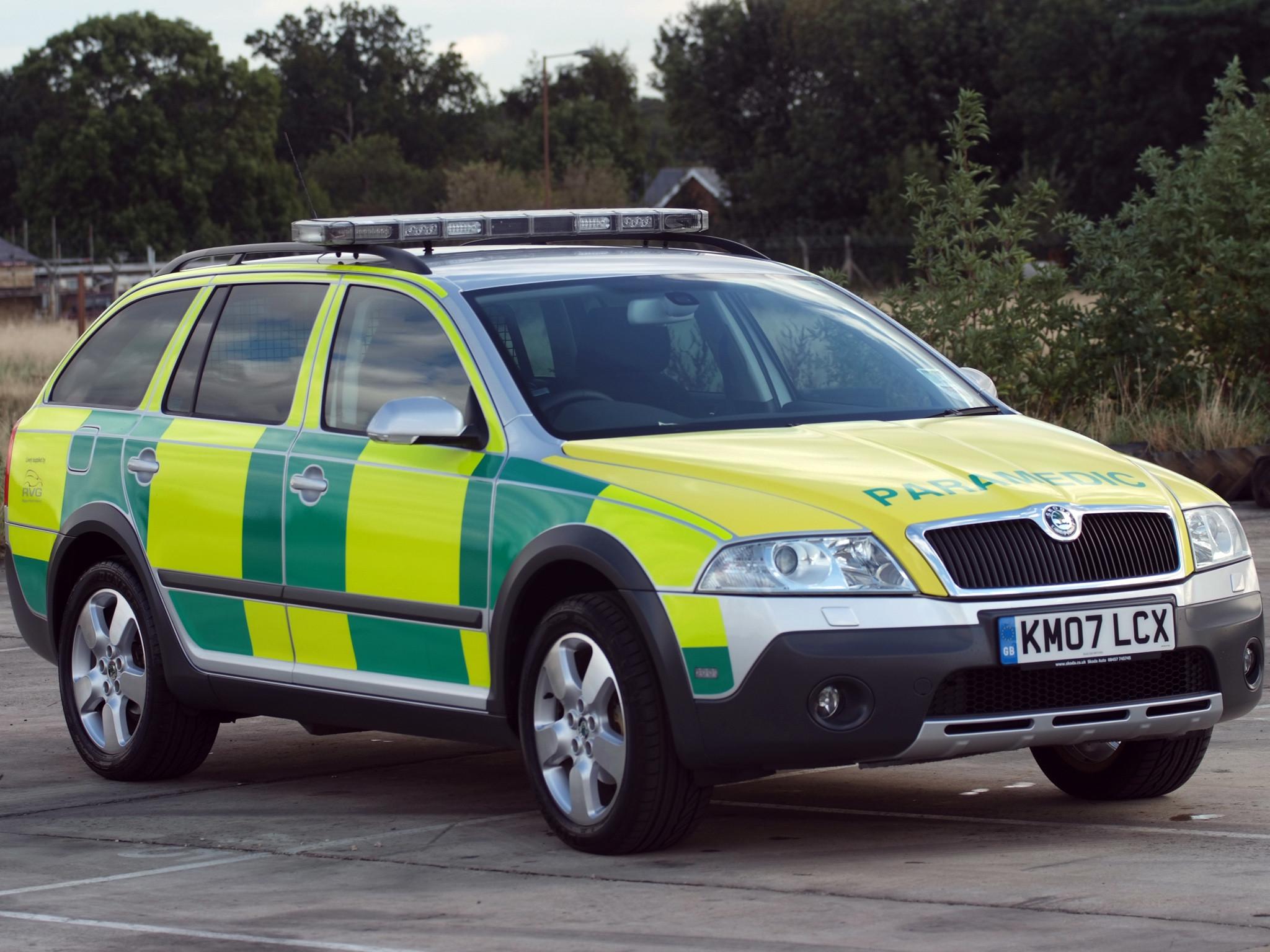 Res: 2048x1536, 2007 Skoda Octavia Scout Paramedic 1Z ambulance emergency wallpaper       151465   WallpaperUP