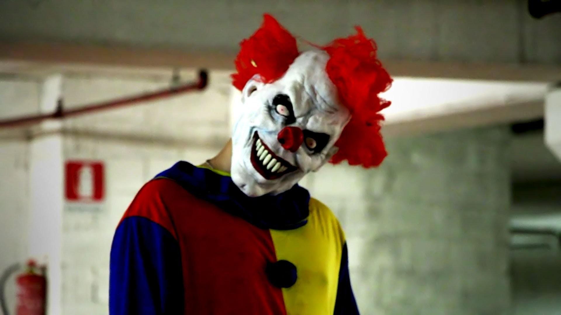 Res: 1920x1080, Creepy Clown Scares Kids in South Carolina
