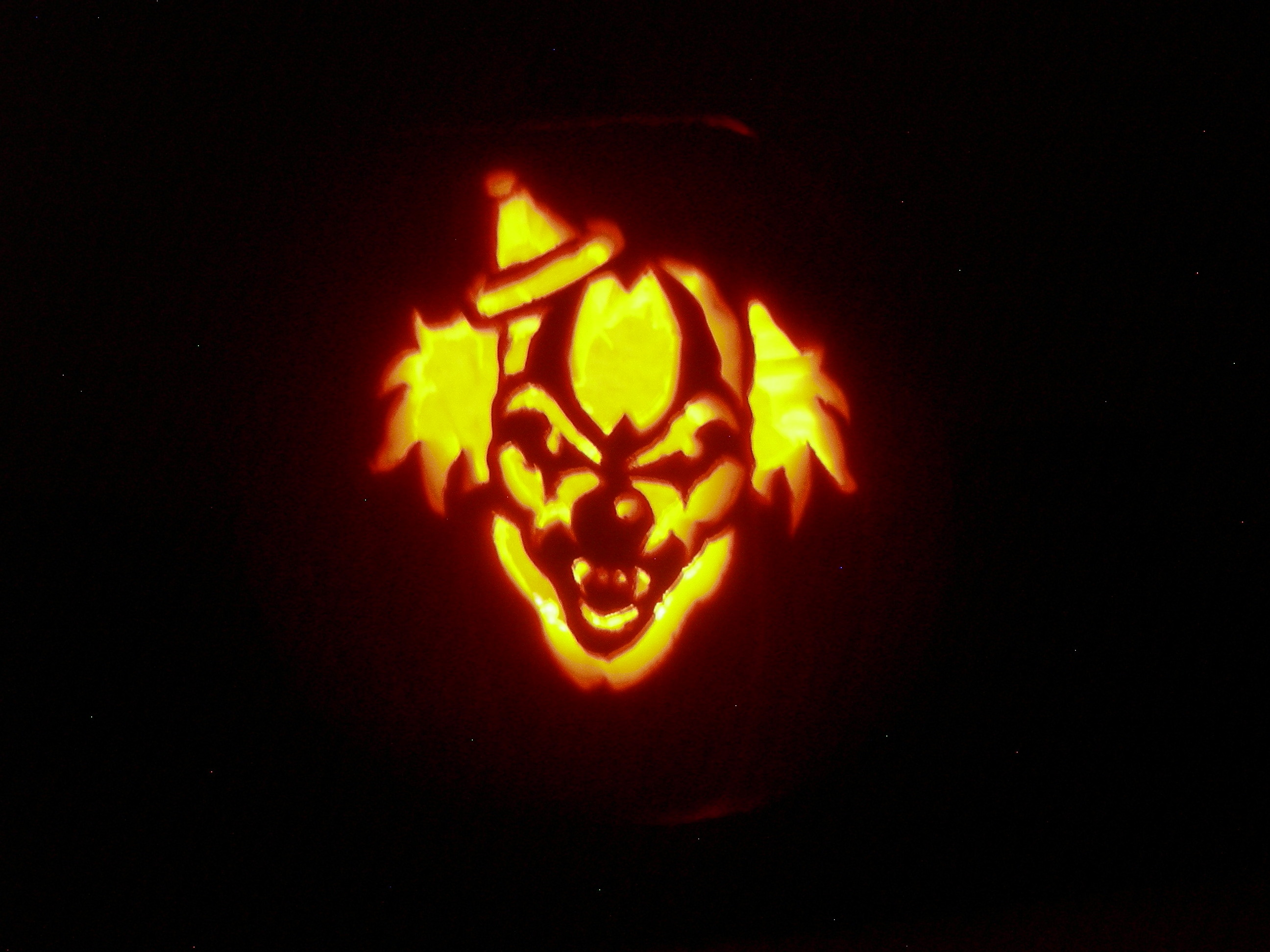 Res: 2592x1944, ... Scary-Clown.