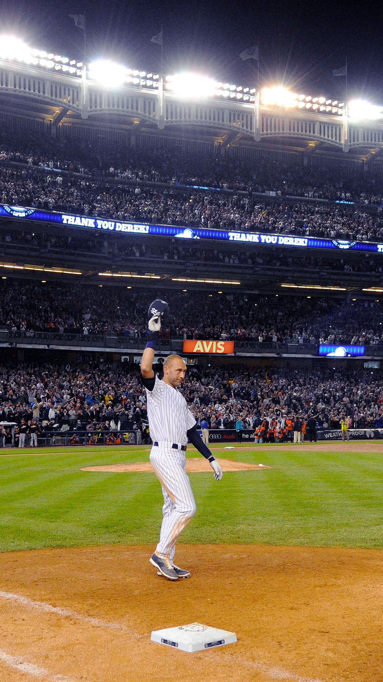 Res: 1242x2208, Derek Jeter Walk Off Single New York Yankees Android Wallpaper ...