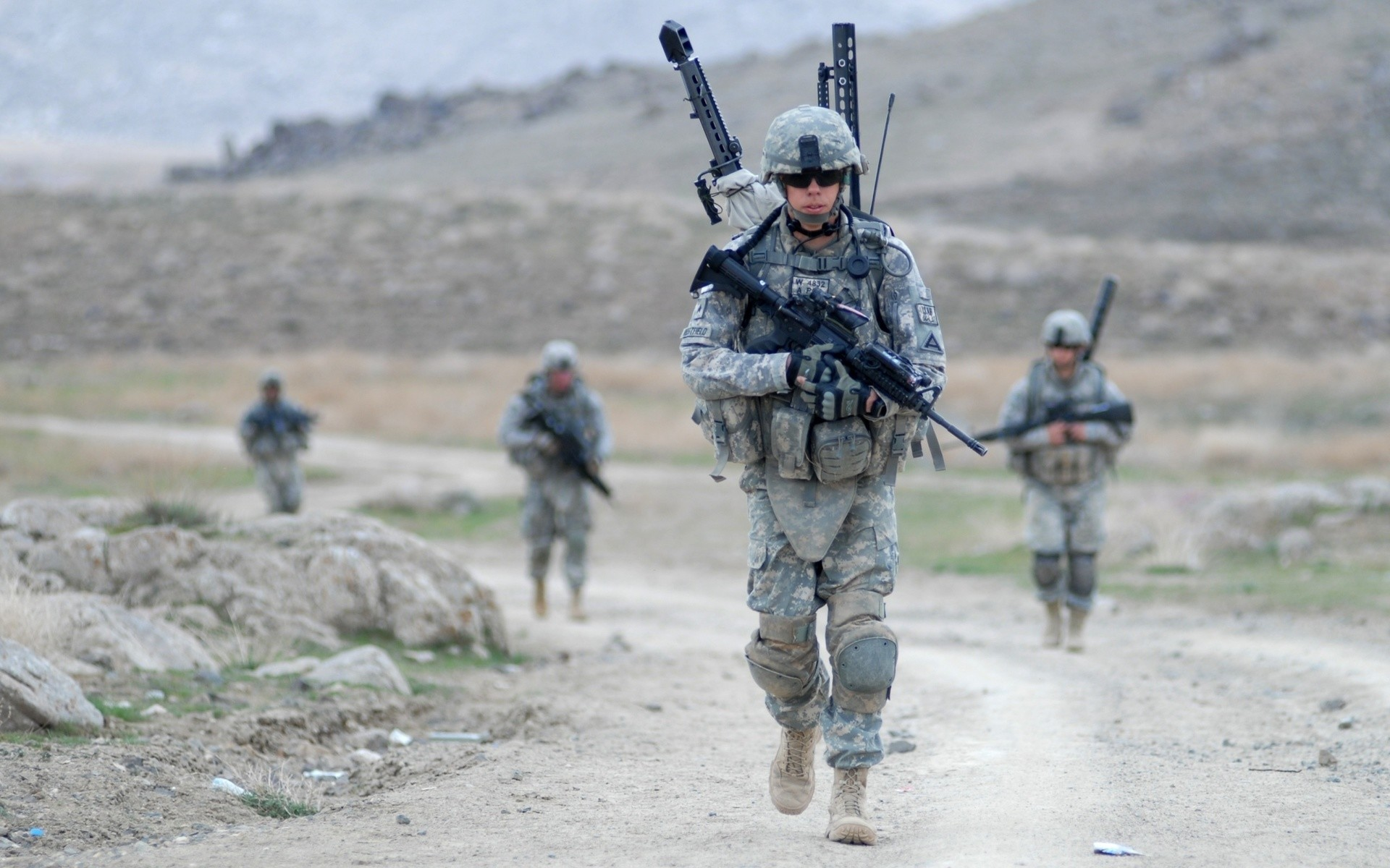 Res: 1920x1200, Soldiers, Usa, Cargo, Bears, Military, M4a1