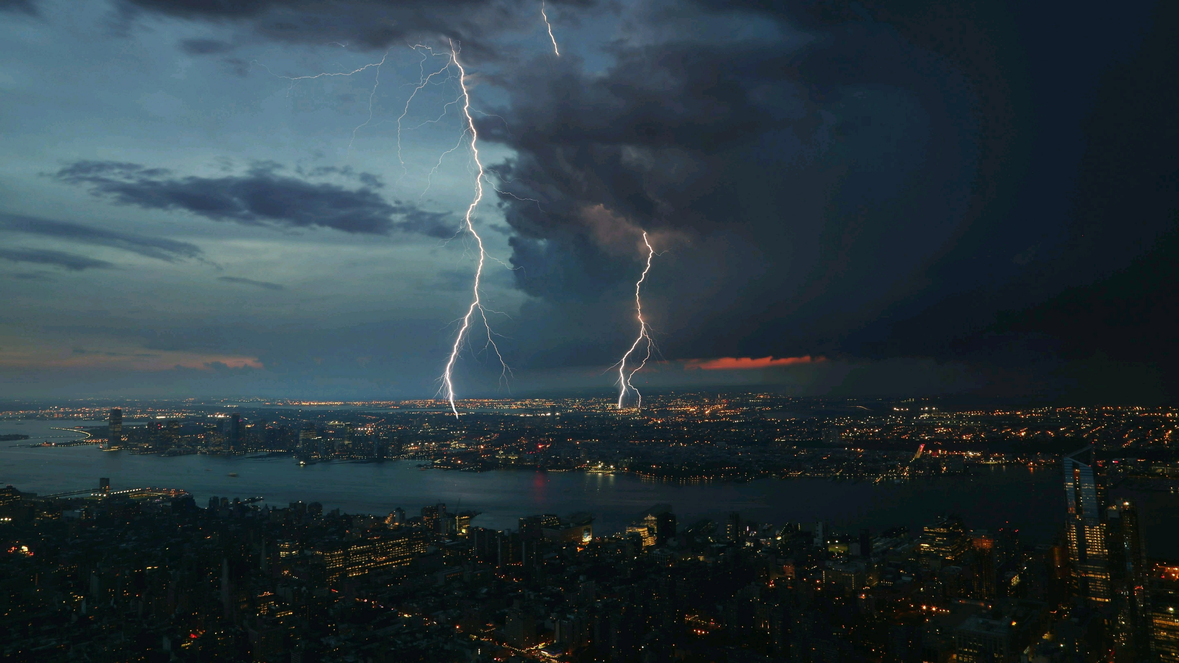 Res: 3840x2160, Thunderstorm Over The City Wallpaper | Wallpaper Studio 10 | Tens of  thousands HD and UltraHD wallpapers for Android, Windows and Xbox