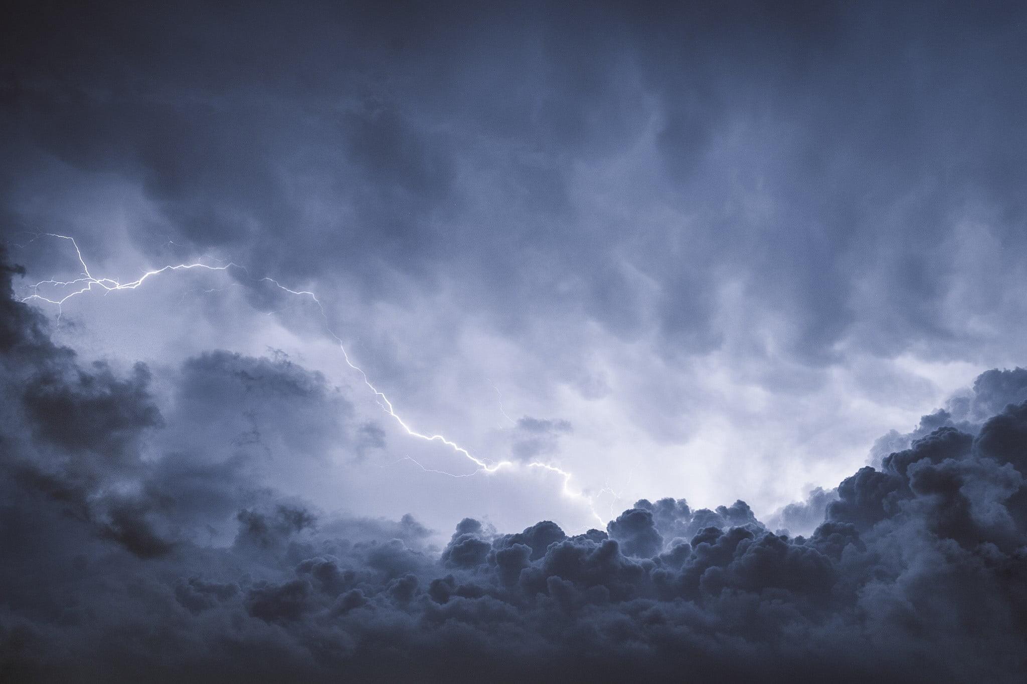 Res: 2048x1365, thunderstorm and lightning digital wallpaper HD wallpaper