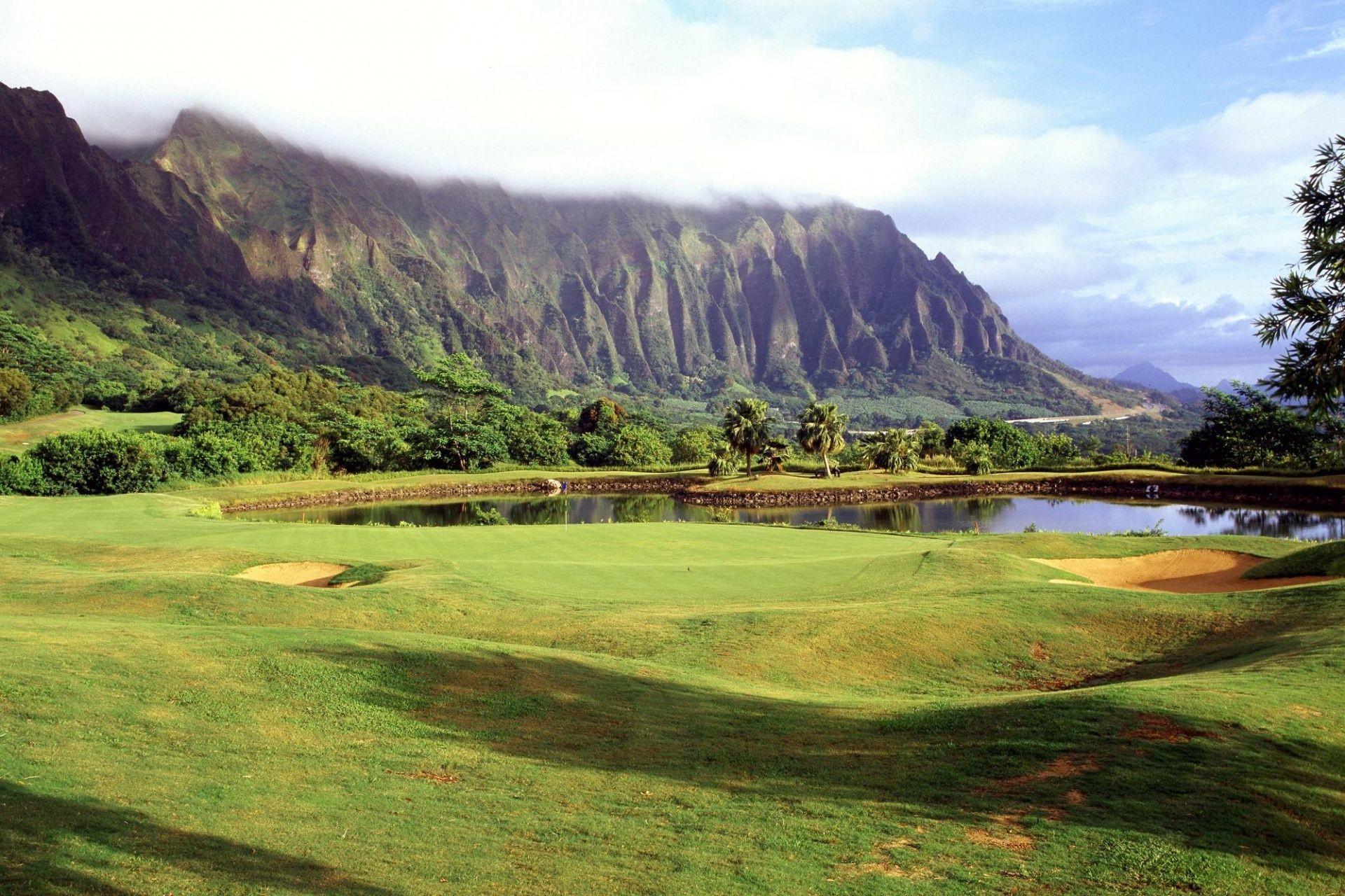 Res: 1920x1280, Golf course