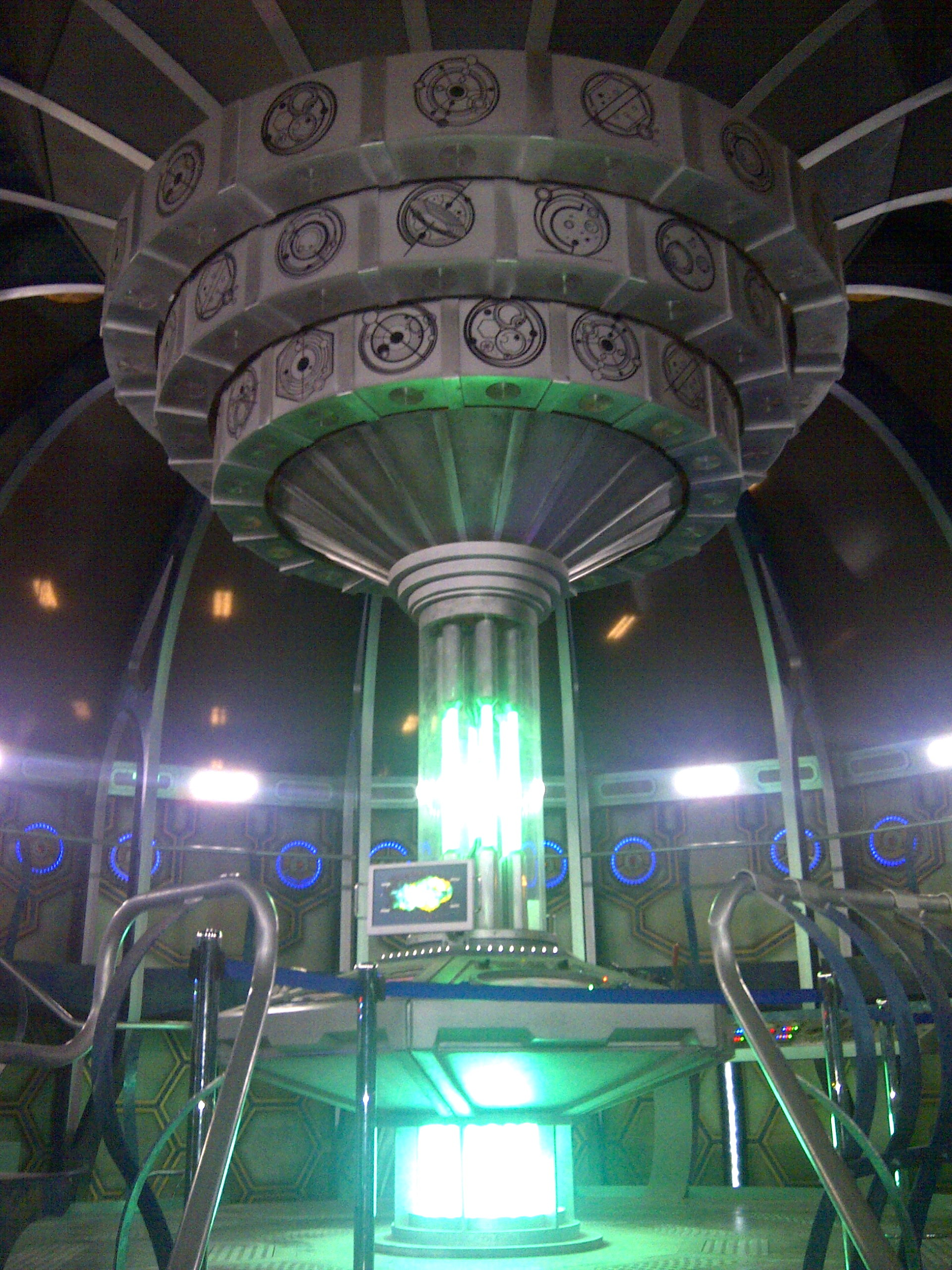 Res: 1920x2560, Amazing 230961579 Dr Who Inside Tardis Pics |