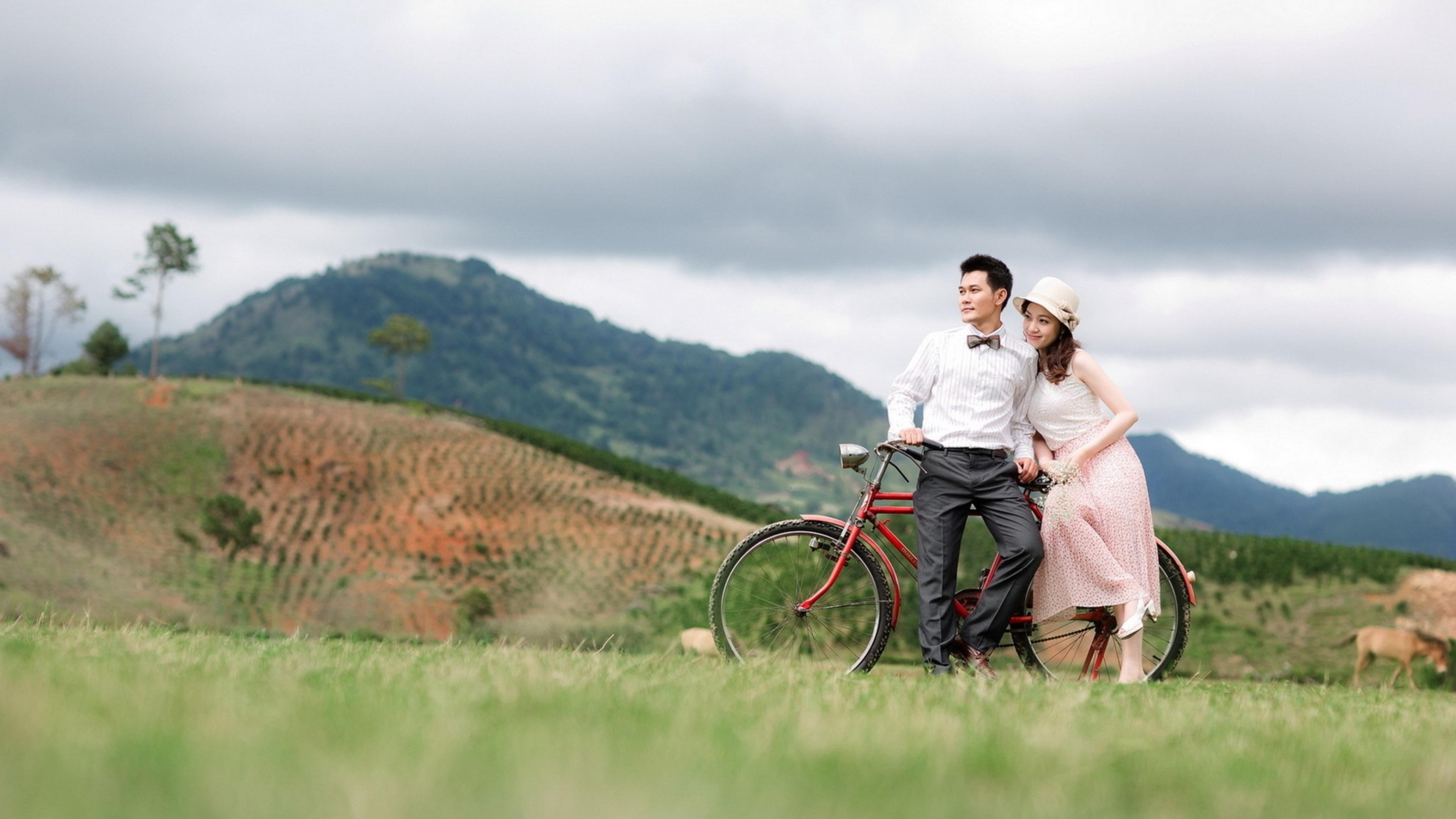 Res: 3840x2160, Love Couple Relax Cycle Nature