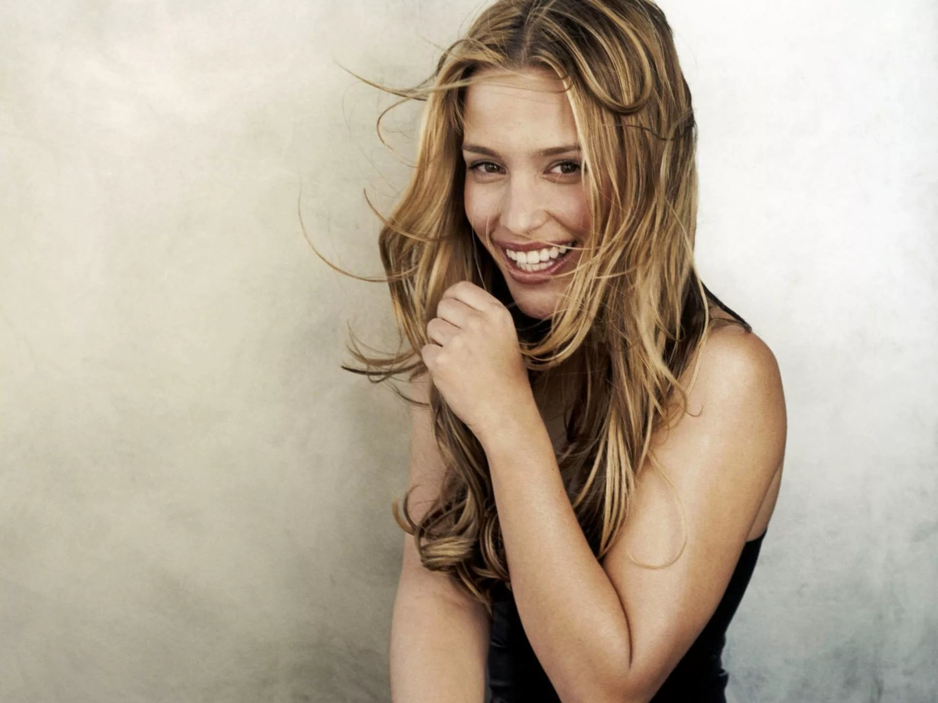 Res: 1920x1440, ... Piper Perabo Images ...