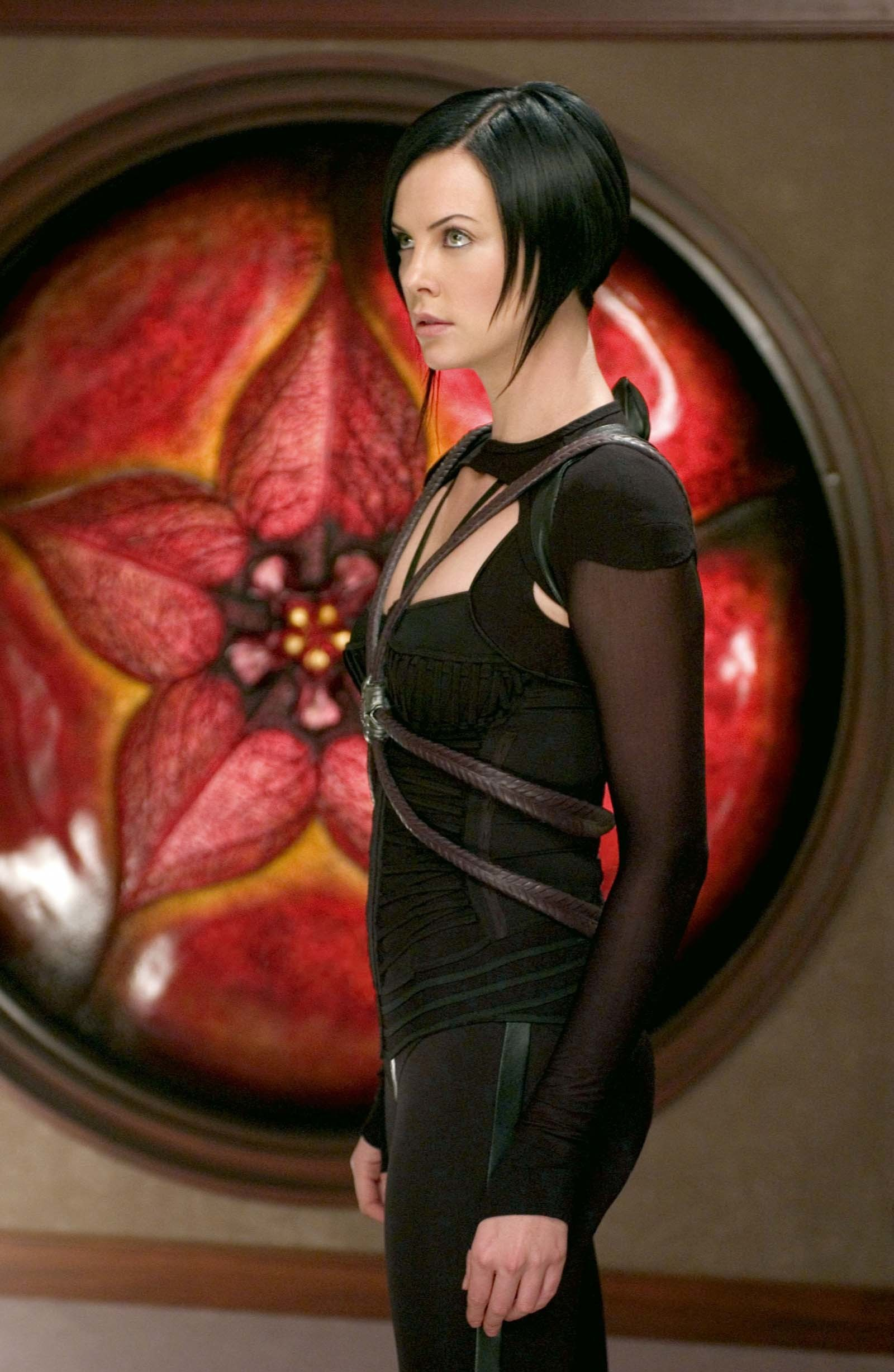 Res: 1600x2455, Photo of Aeon Flux #49297. Number of votes: 2. There are 16 more pics in  the Aeon Flux photo gallery.