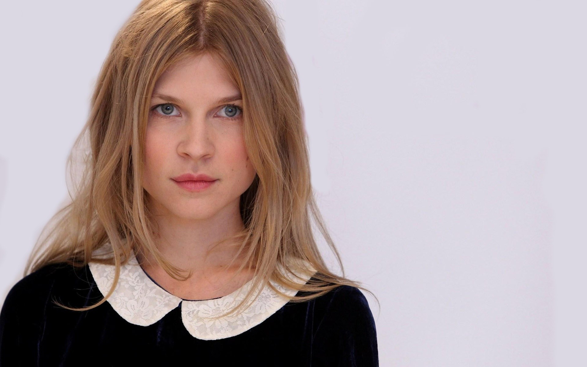 Res: 1920x1200, Clemence Poesy