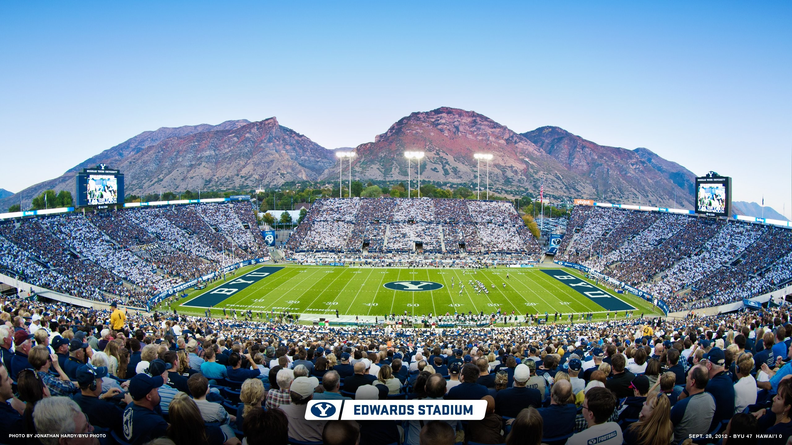 Res: 2560x1440, lavell edwards stadium