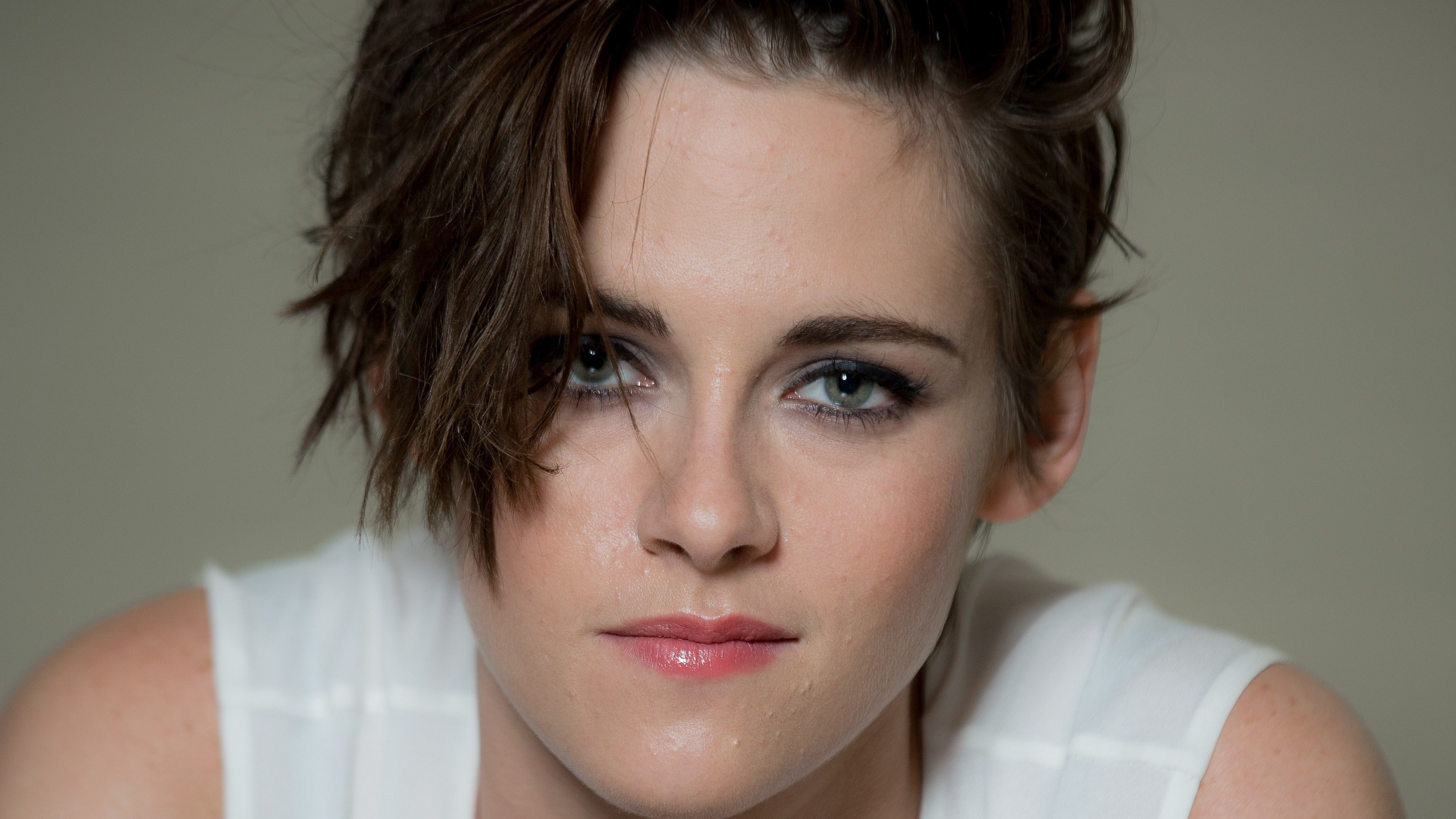 Res: 3822x2150, Kristen Stewart Hot Photo Kristen Stewart HD Wallpaper