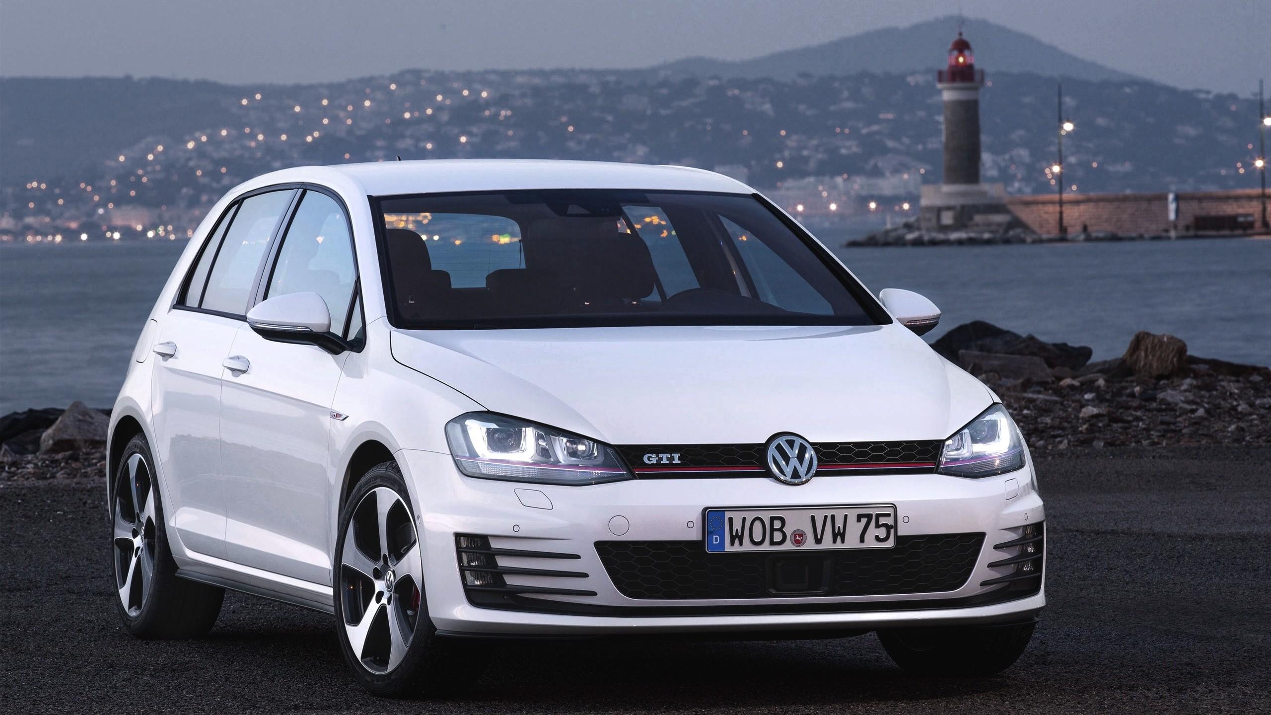 Res: 2560x1440,  Wallpaper volkswagen, golf, gti