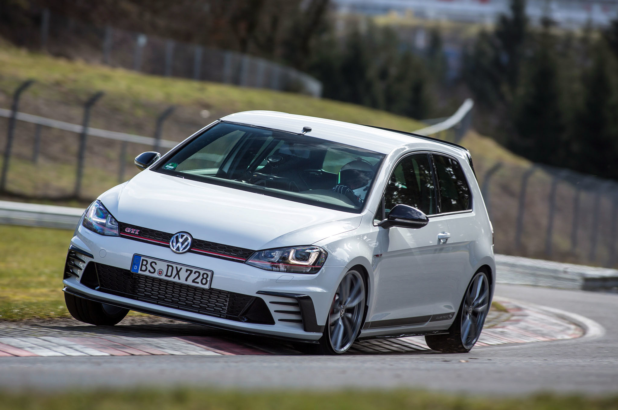 Res: 2048x1360, 1920x1280 auto cars volkswagen golf gti wallpapers auto city parking garage  cars wallpapers golf tuning auto