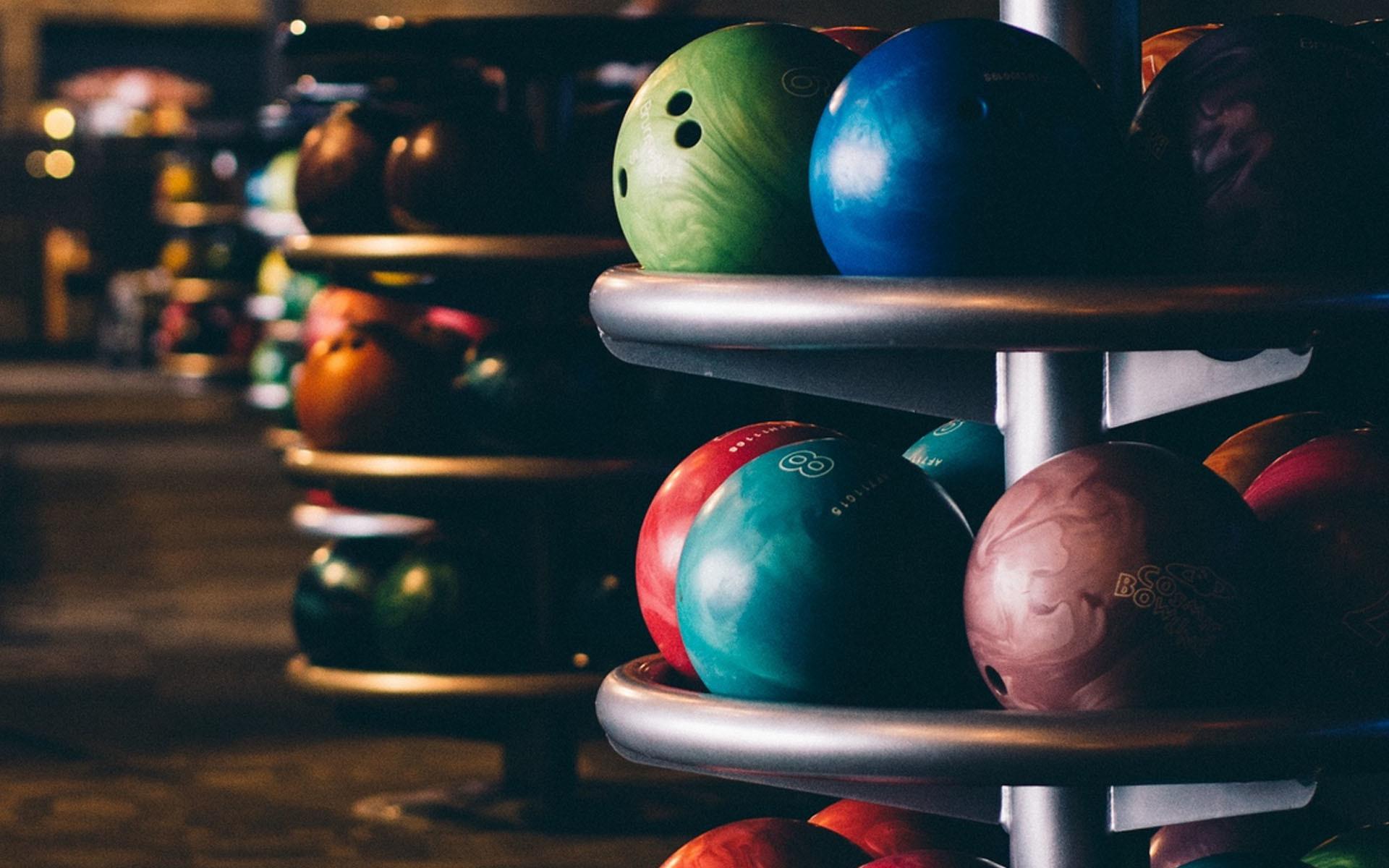 Res: 1920x1200, Bowling balls storm HD wallpaper