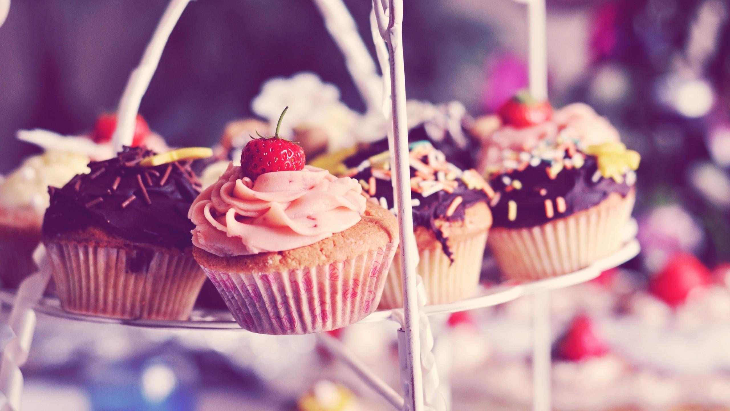 Res: 2560x1440, Cupcake Wallpaper