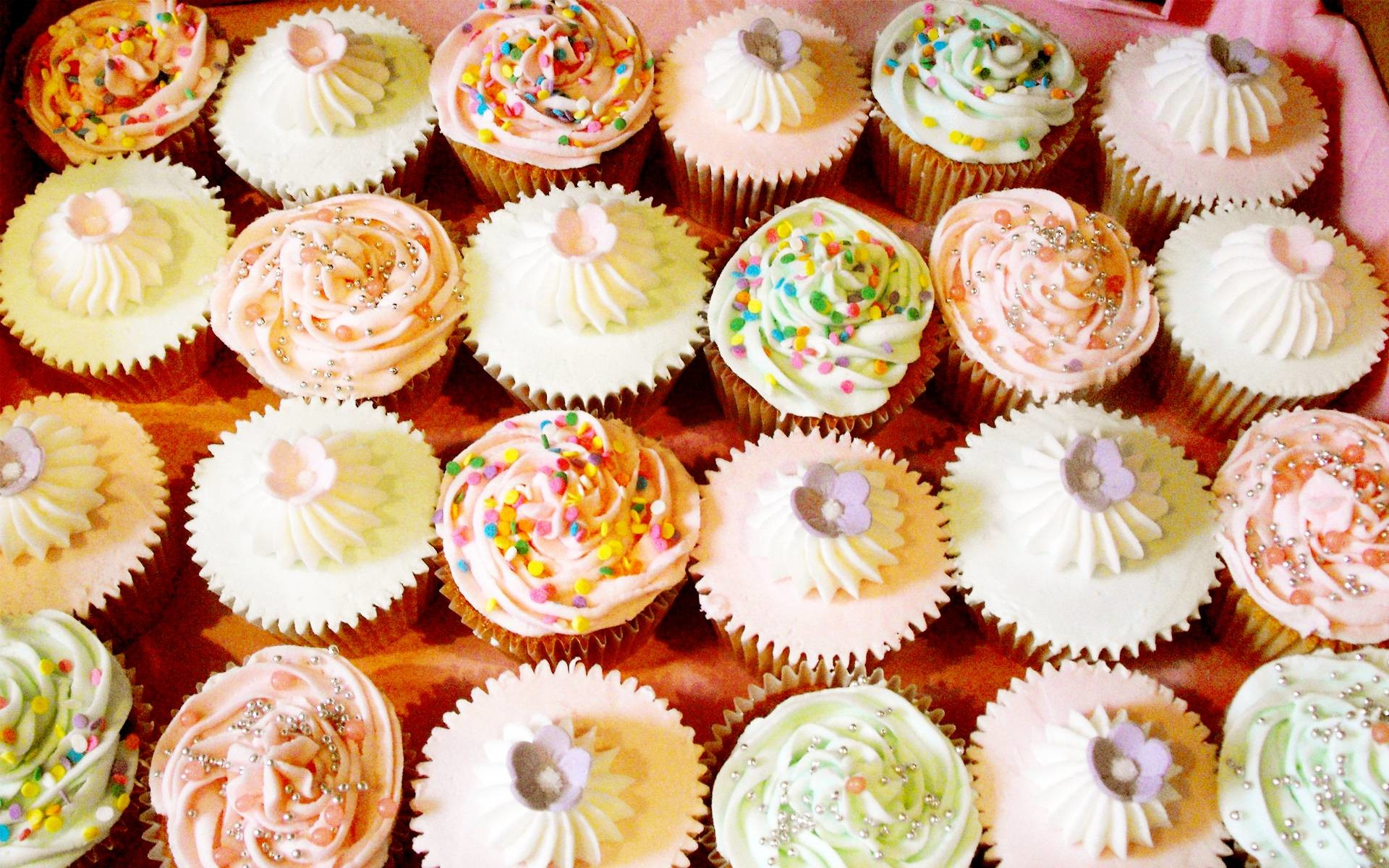Res: 1920x1200, 30 Cupcake Wallpapers and Desktop Backgrounds | Solo Foods