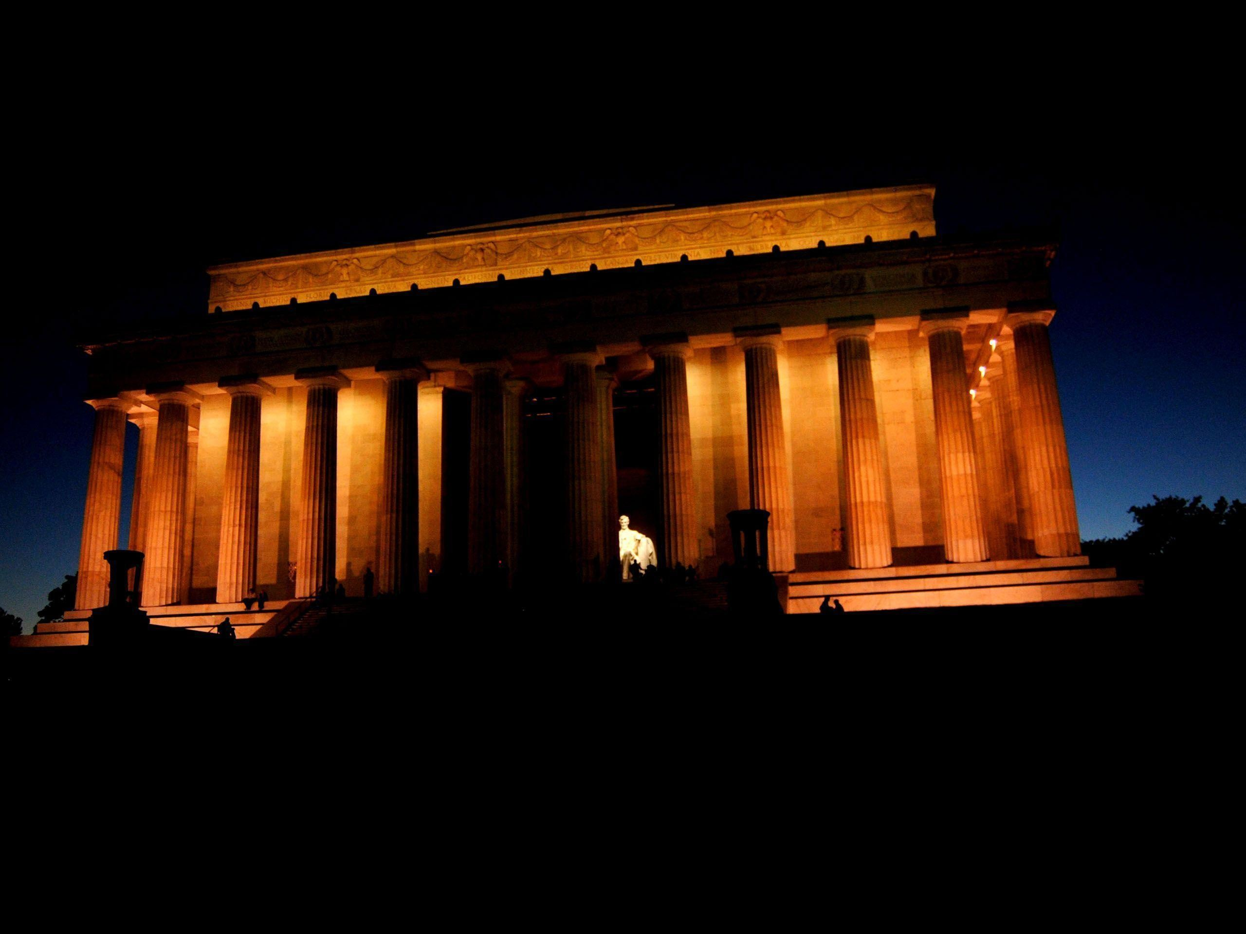 Res: 2560x1920, Lincoln Memorial At Night Photos 47062 Wallpapers | Luxury Homes .