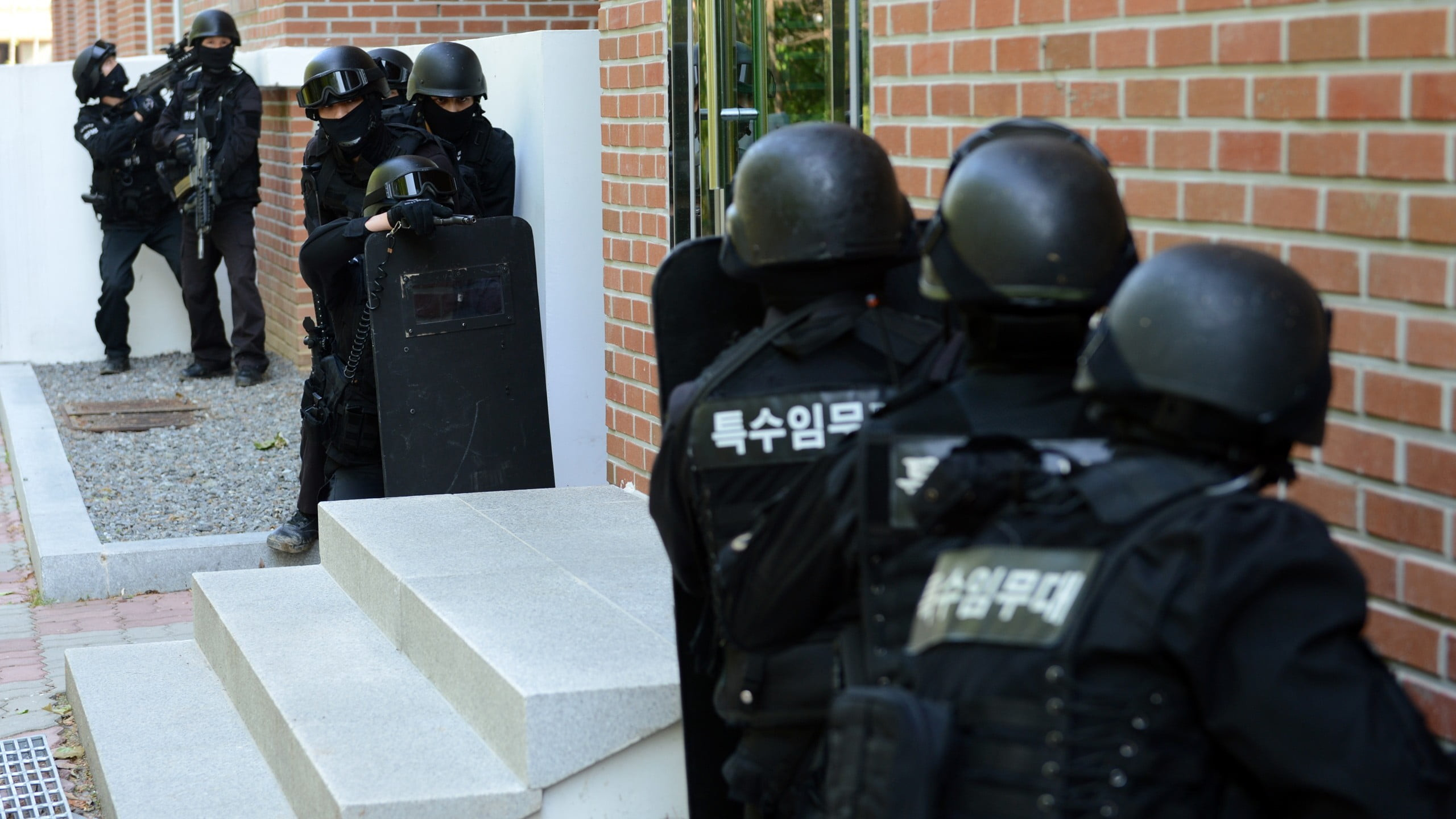 Res: 2560x1440, swat team, military, Republic of Korea Armed Forces, police HD wallpaper
