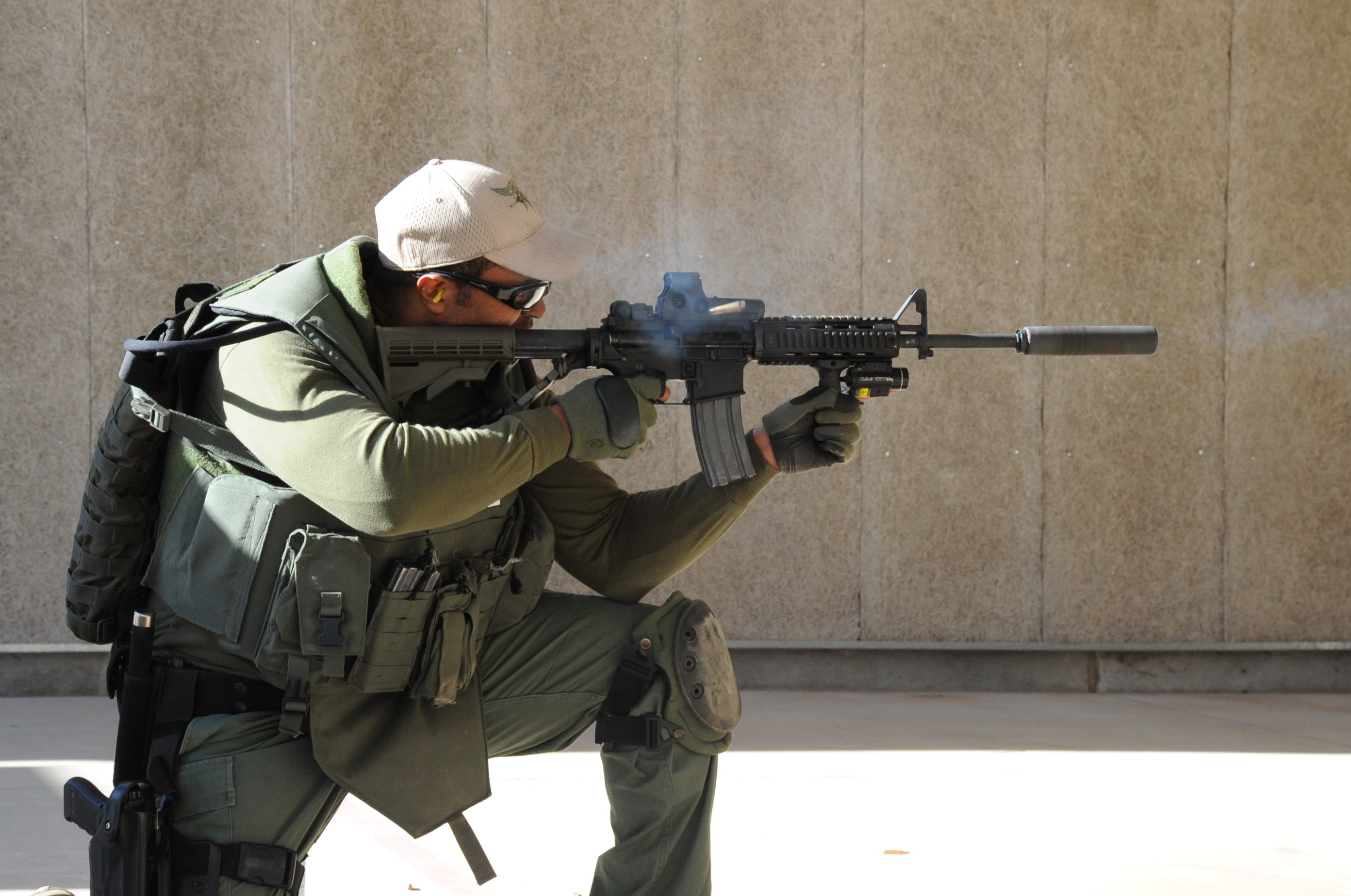 Res: 2784x1848, File:Falls SWAT team member.JPG