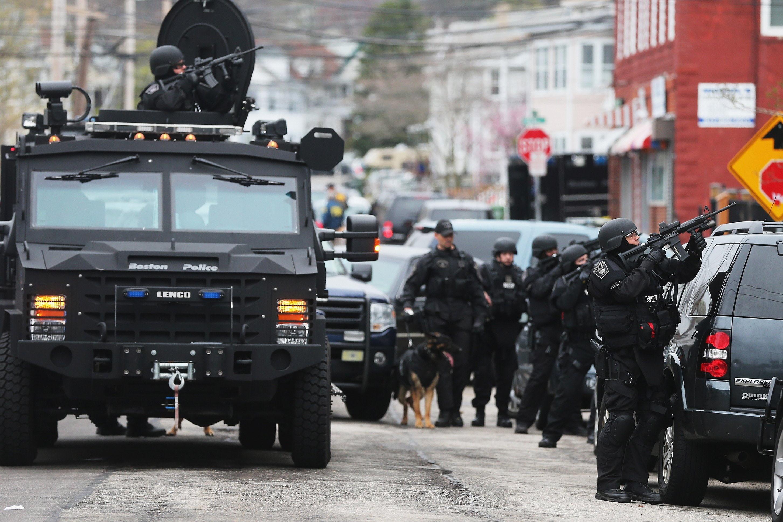 Res: 2906x1935, crime, emergency, gun, police, swat, team, weapon