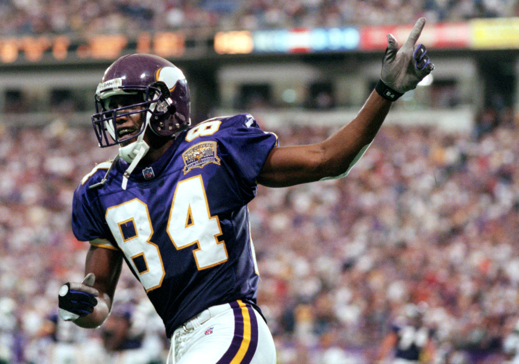 Res: 2000x1406, Moss ranks second all-time in touchdown receptions with 156 and had eight 1,200-yard seasons in his career.The Hall of Fame's enshrinement ceremony will be ...