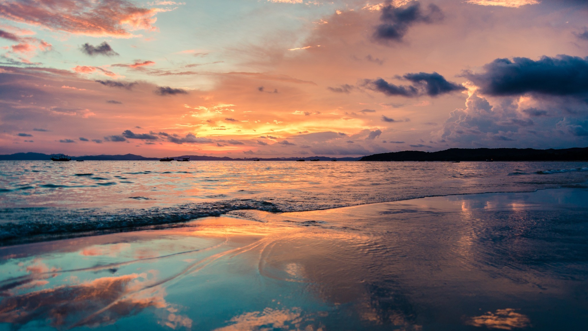 Res: 2048x1152,  Wallpaper sea, beach, sunset