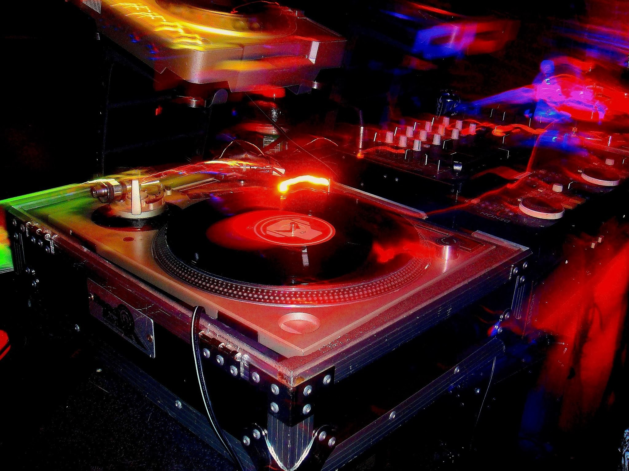 Res: 2048x1536, cool dj turntable wallpaper turntable wallpapers Car Pictures