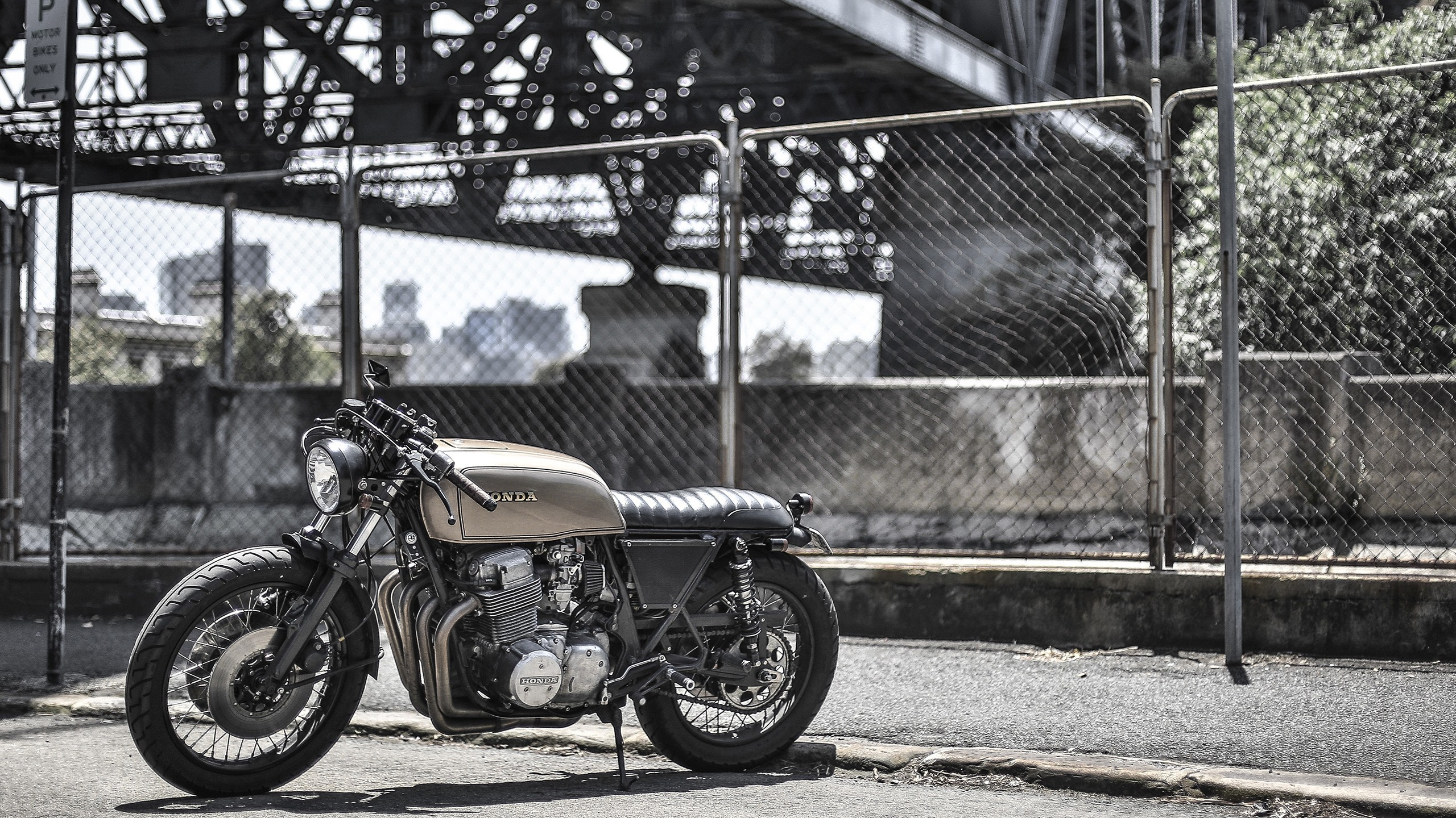Res: 2560x1440, honda motorcycle fence bridge bobber wallpaper and background