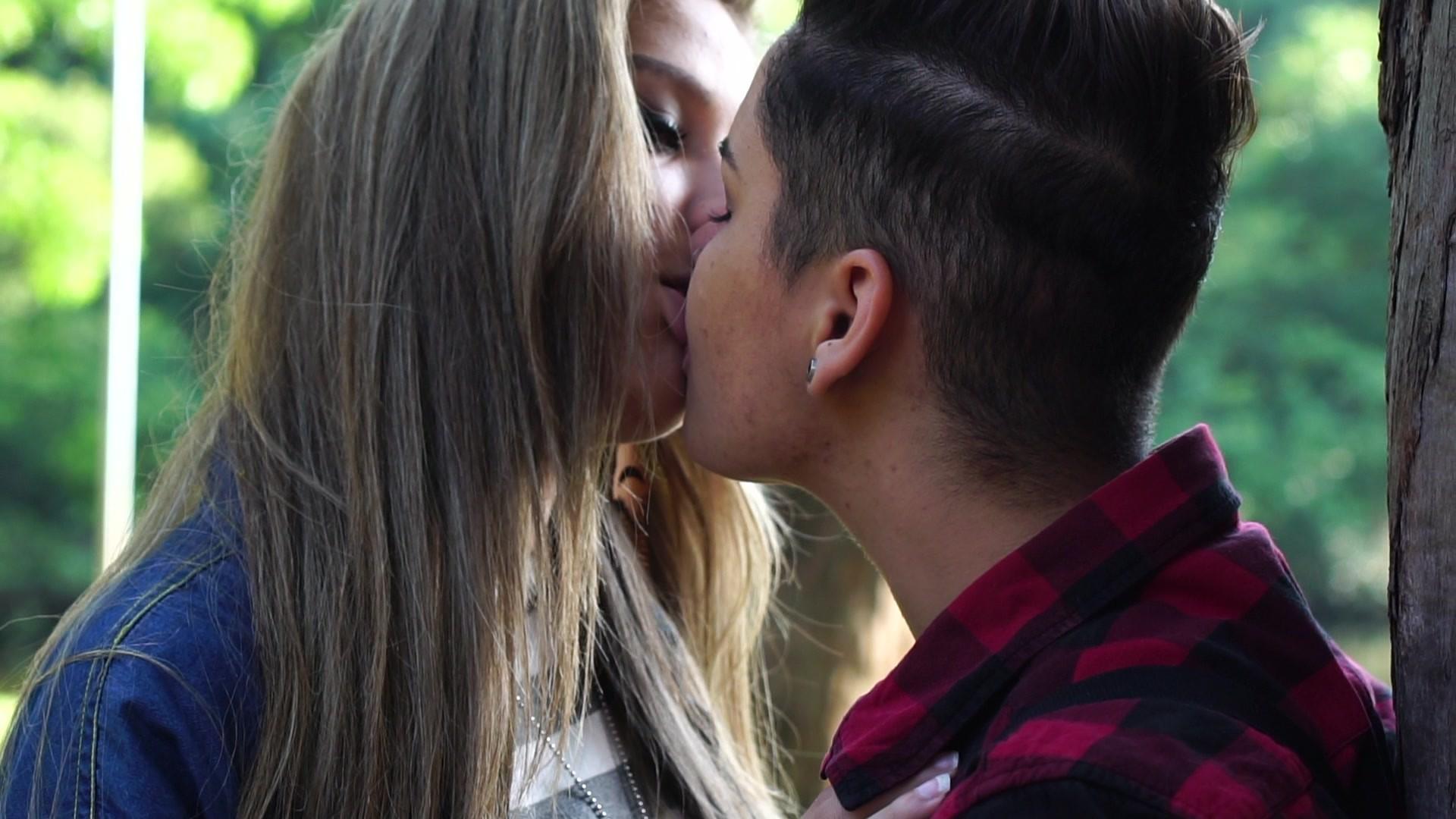 Res: 1920x1080, lesbian kiss wallpaper #892310