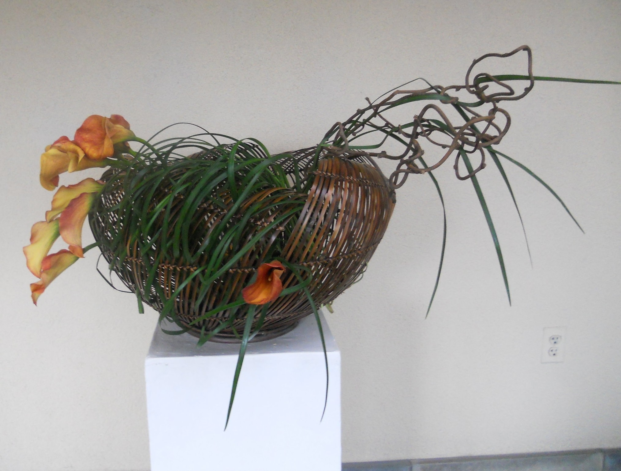 Res: 2029x1538, ... a special Ikebana arrangement tailored to compliment your business and  make it more welcoming and memorable to your customers or clients.