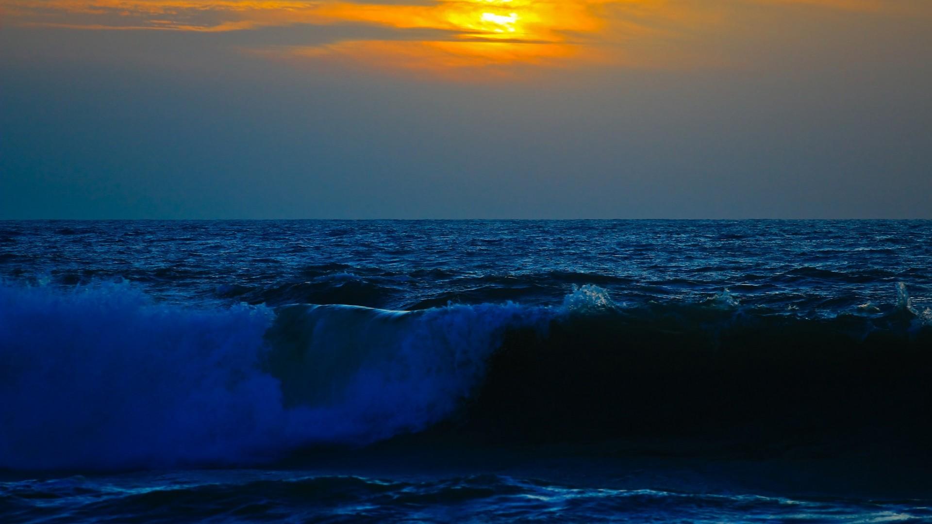 Res: 1920x1080, Full HD Wallpaper mediterranean sea wave evening spain