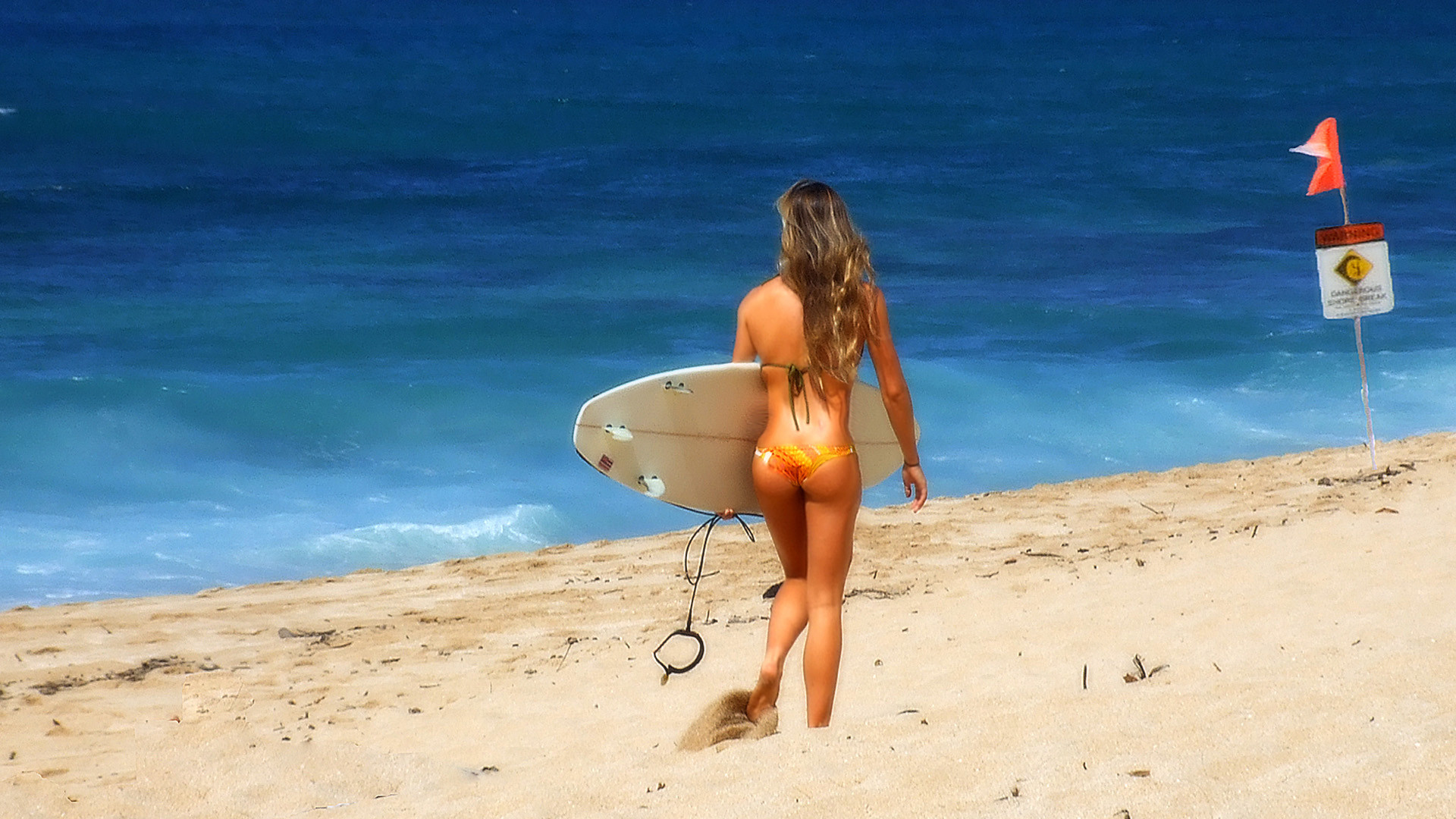 Res: 1920x1080, Surfer girl on the beach