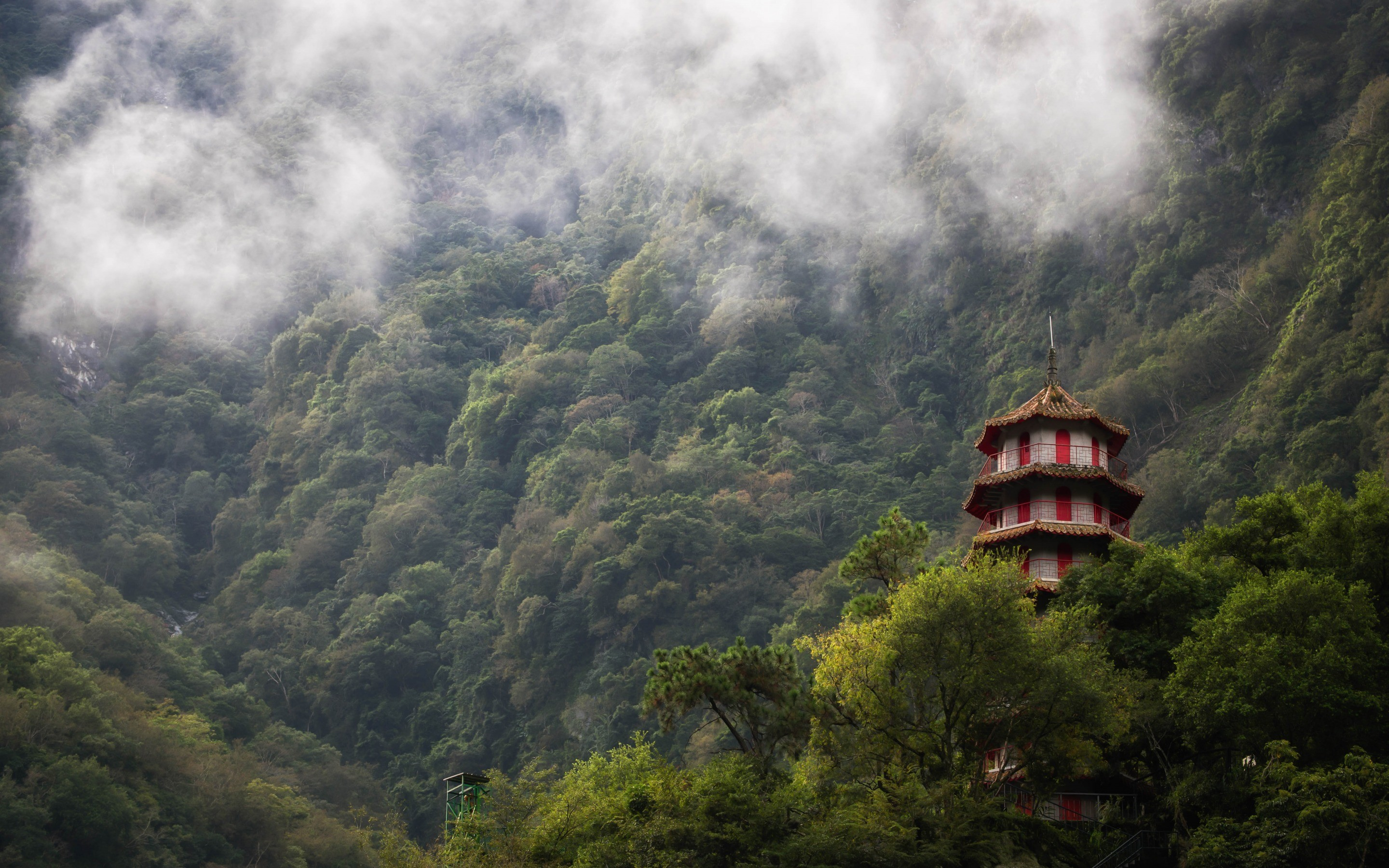 Res: 2880x1800, Taroko Gorge, Taiwan, Chinese architecture, temple, mountain landscape, fog