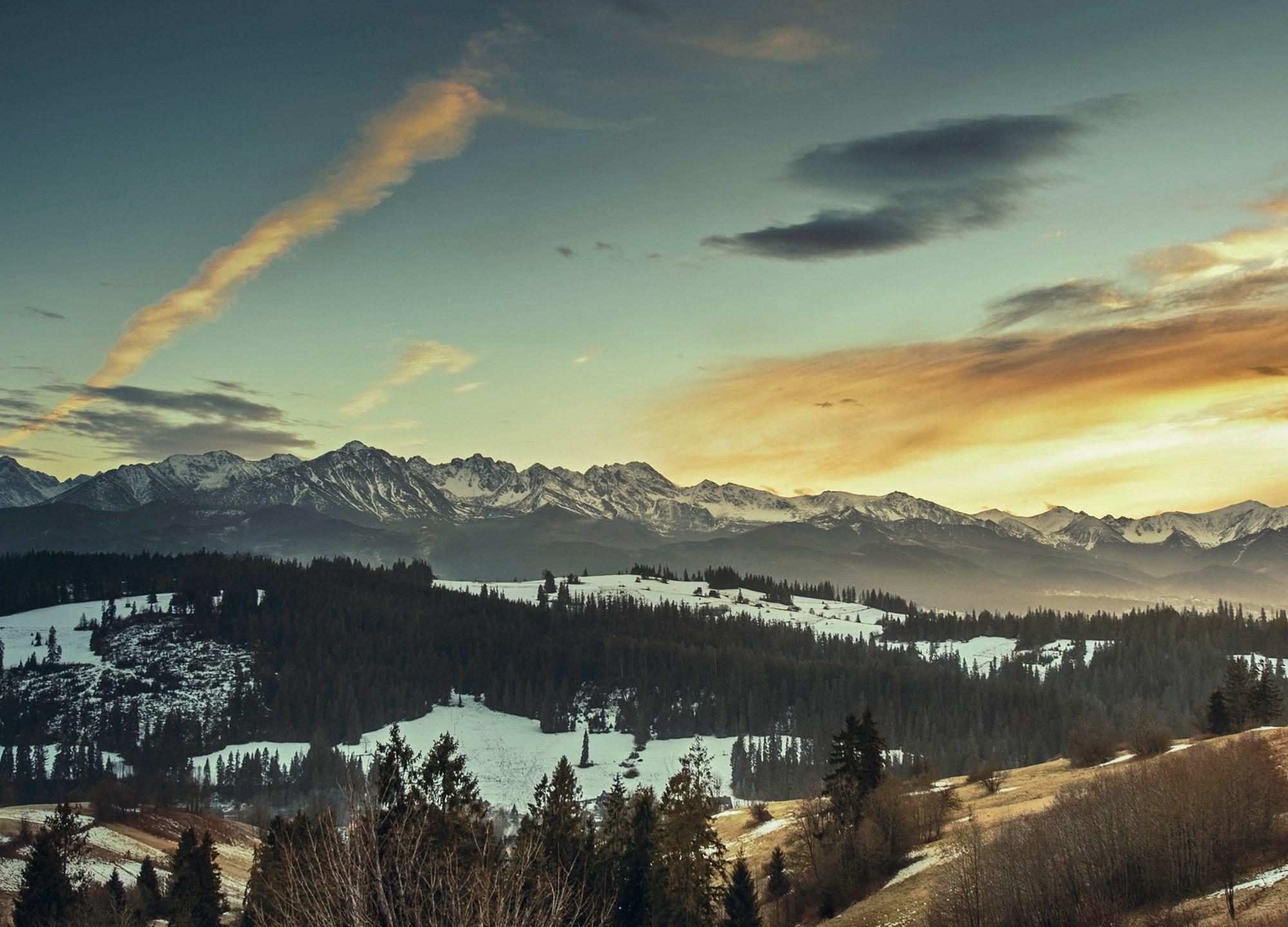 Res: 2000x1440, December's Sunrise 21:9 Wallpaper. December's Sunrise HD Wallpaper for  Ultrawide Monitors