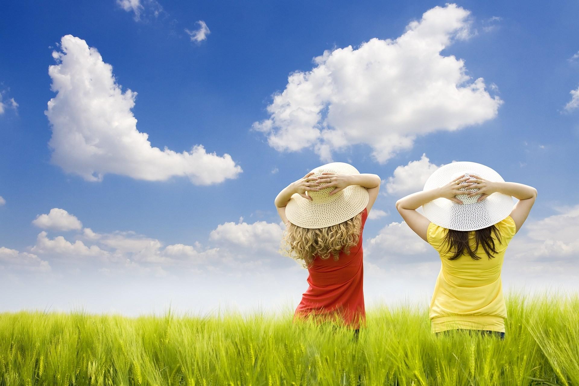 Res: 1920x1280,  Wallpaper children, field, girls, hats, air, grass, sky