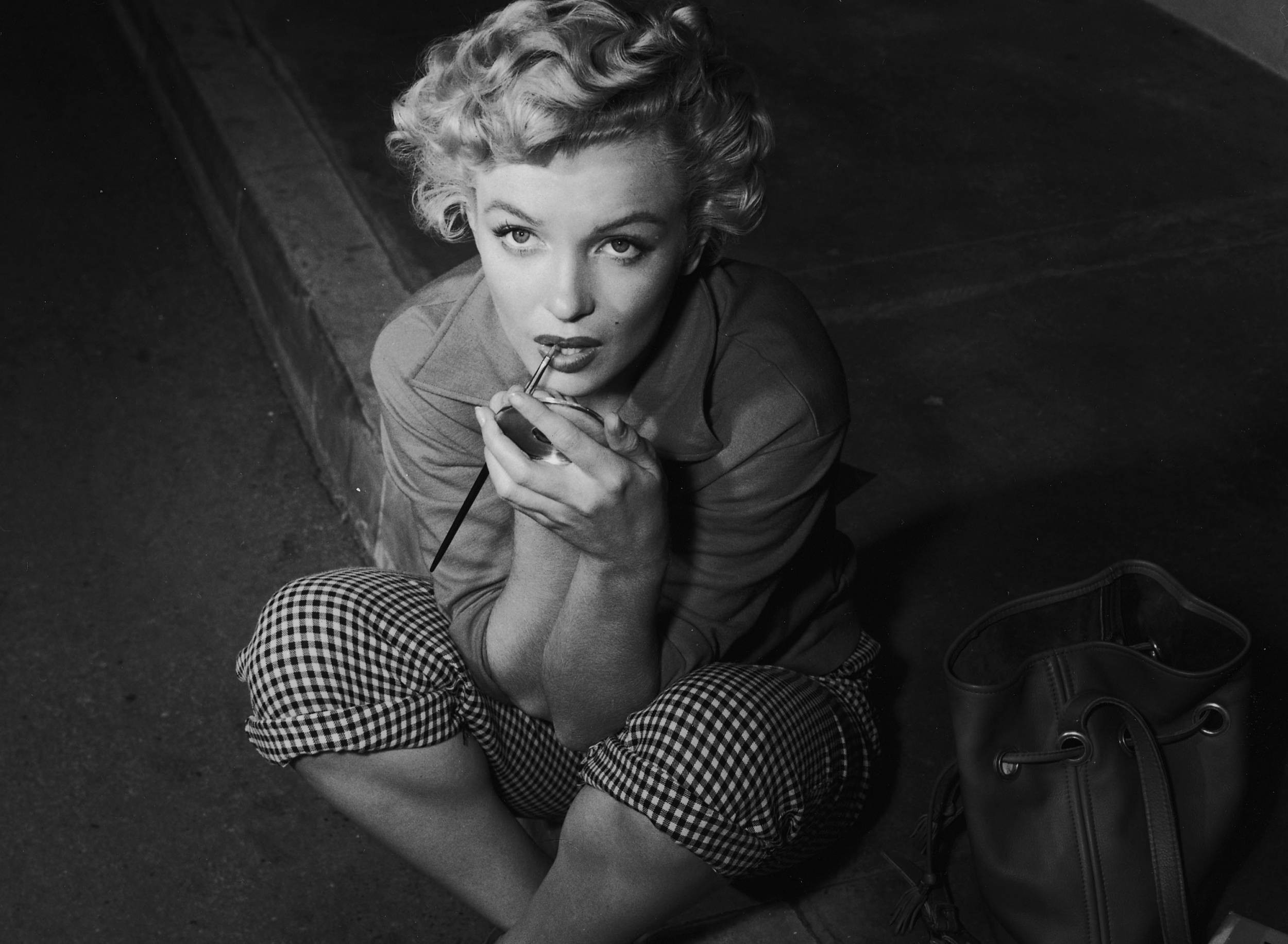 Res: 2500x1833, Free Download Marilyn Monroe Wallpapers, .WM417 for PC & Mac, Tablet,  Laptop, Mobile
