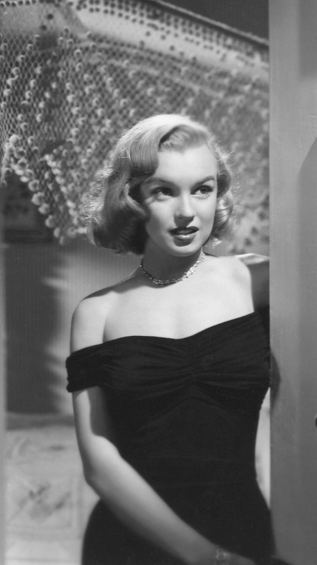 Res: 1080x1920, Celebrity / Marilyn Monroe () Mobile Wallpaper